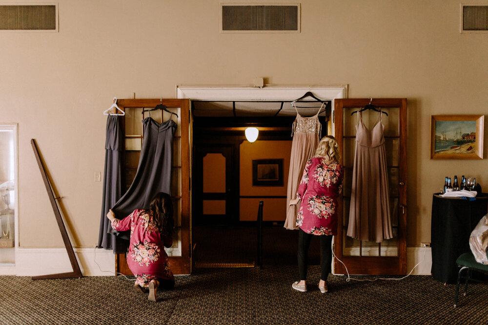 Detroit-Yacht-Club-Wedding-Photographer-15.jpg
