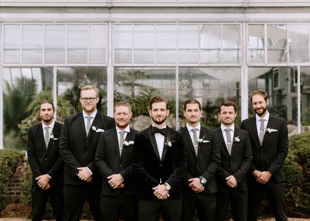Detroit-Yacht-Club-Wedding-Photographer-35.jpg