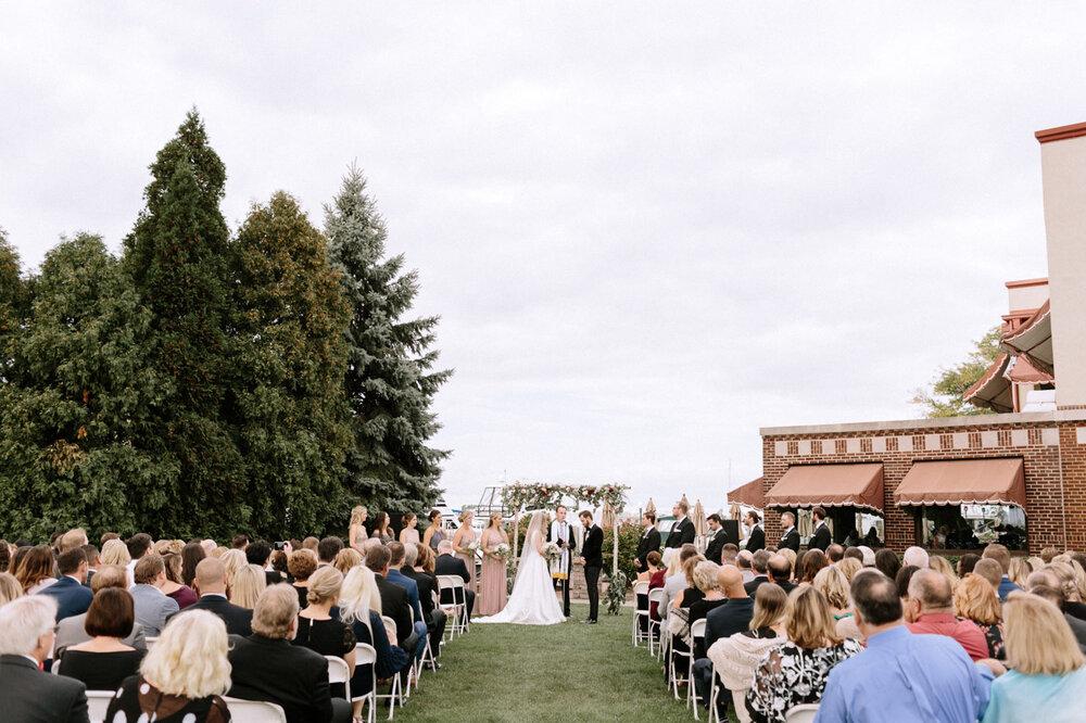 Detroit-Yacht-Club-Wedding-Photographer-47.jpg