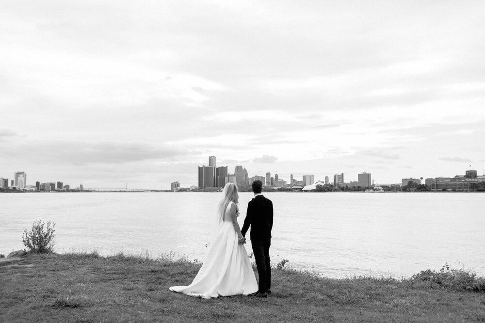 Detroit-Yacht-Club-Wedding-Photographer-55.jpg