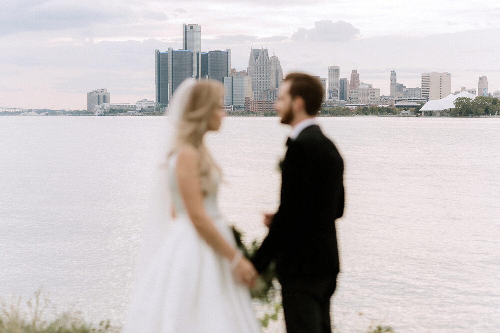 Detroit-Yacht-Club-Wedding-Photographer-56.jpg