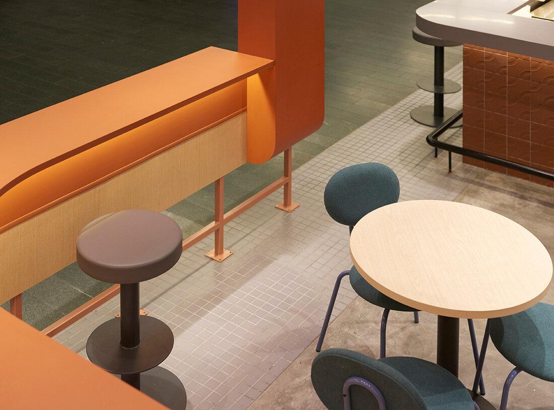 wynk-standing-sushi-bar-marina-one-08.jpg