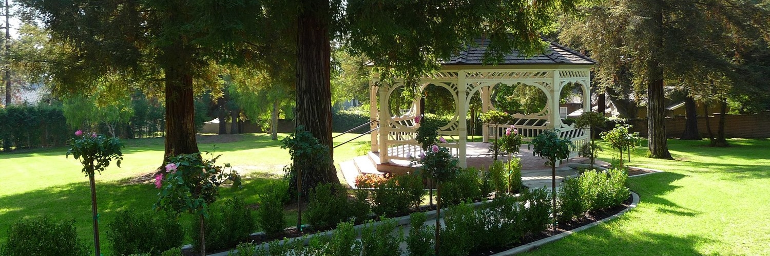 FACILITY RENTAL  I   Gazebo and grounds reservations are handled by the City of Glendale.