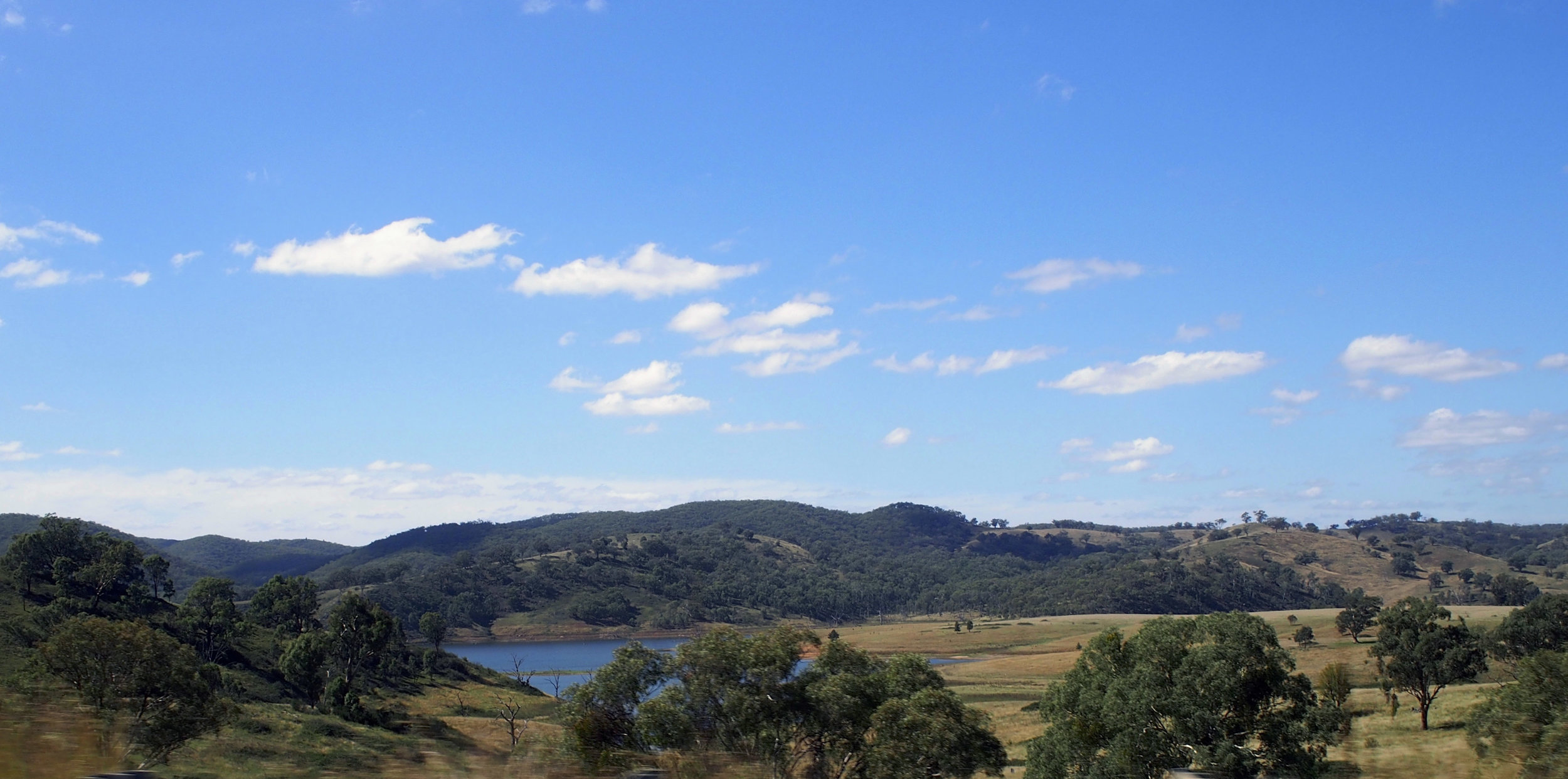 Windamere Dam near Mudgee. The whole area is beautiful!!! I have to get Hill End Next year!!!!