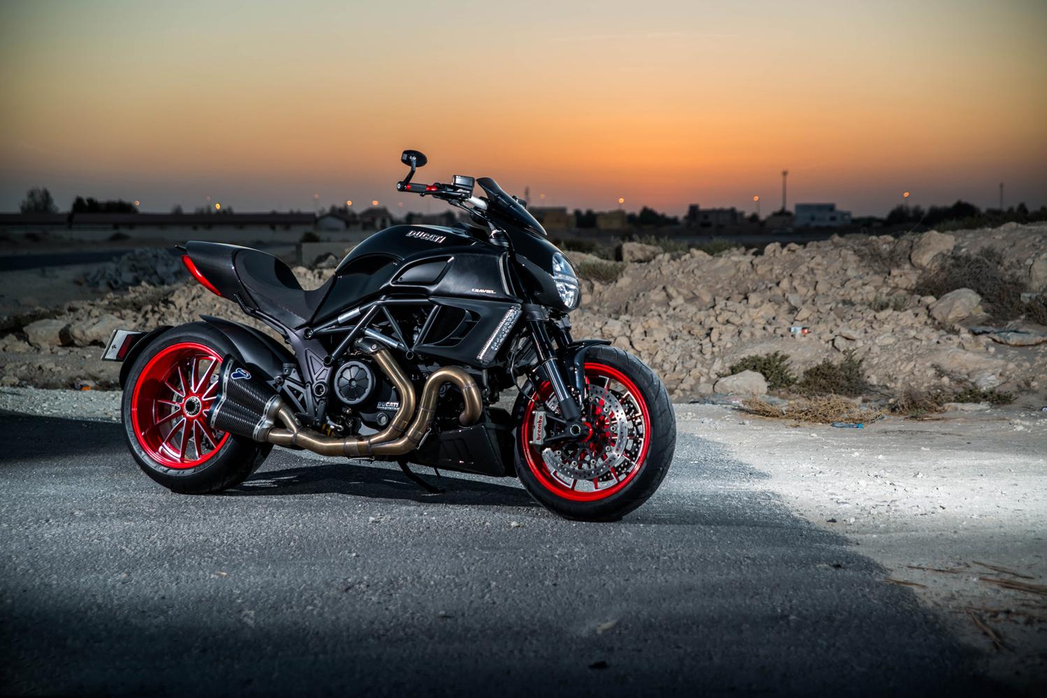 Custom Ducati Diavel Shoot Bahrain - Ali Haji.jpg