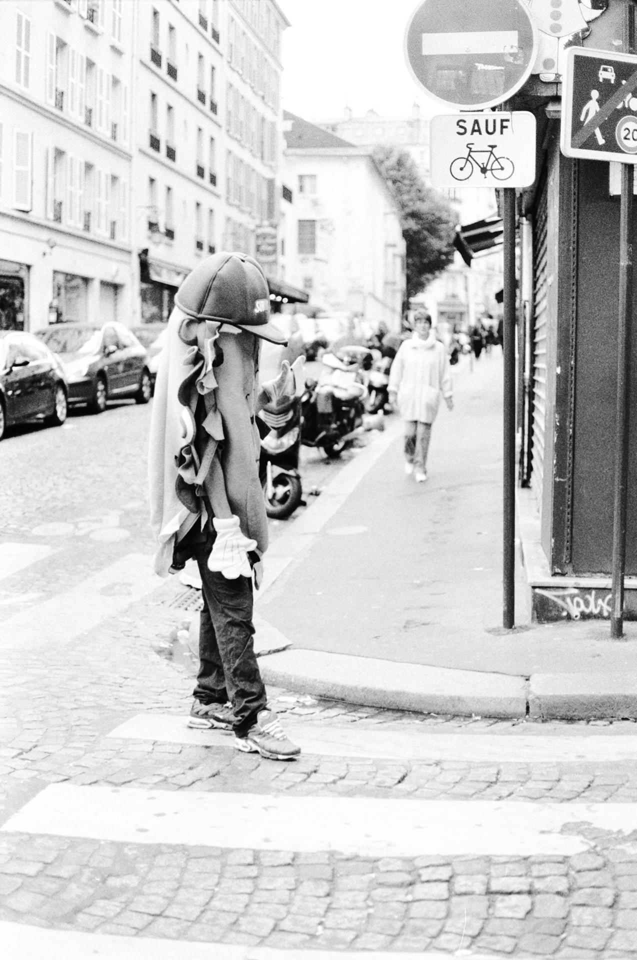 Andrew Wilson Photography Paris Subway Man.jpg
