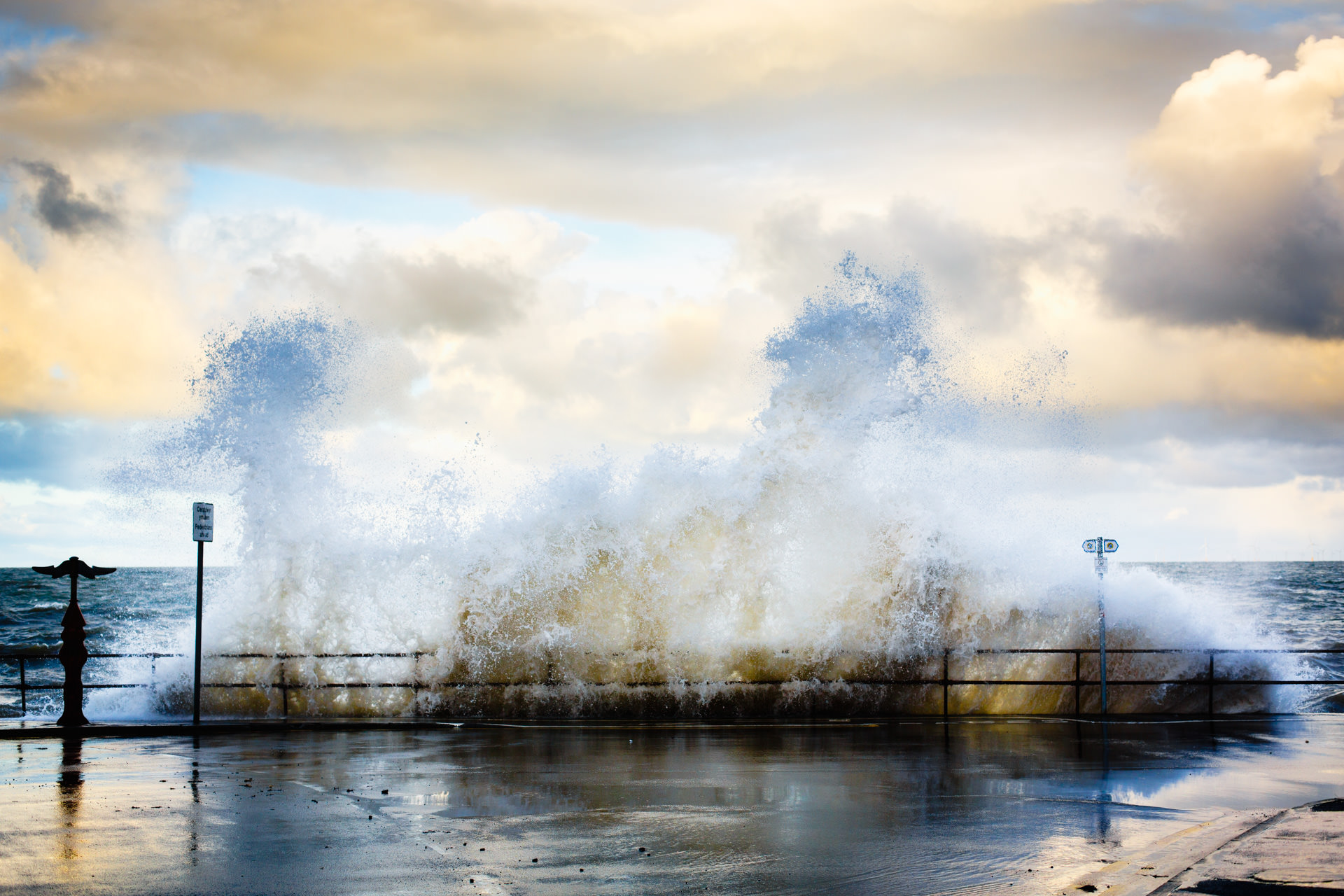 Andrew Wilson Photography Places Wave Crash.jpg