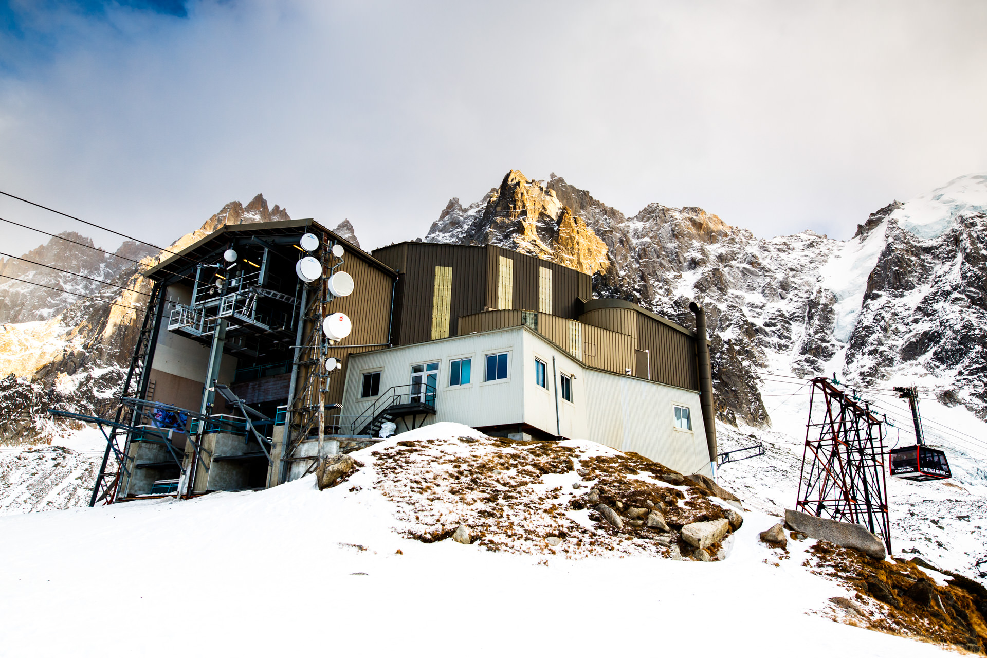Plan de l'Aiguille - the transfer point of cable cars halfway to the peak. You are free to wander around and soak up the scenery.