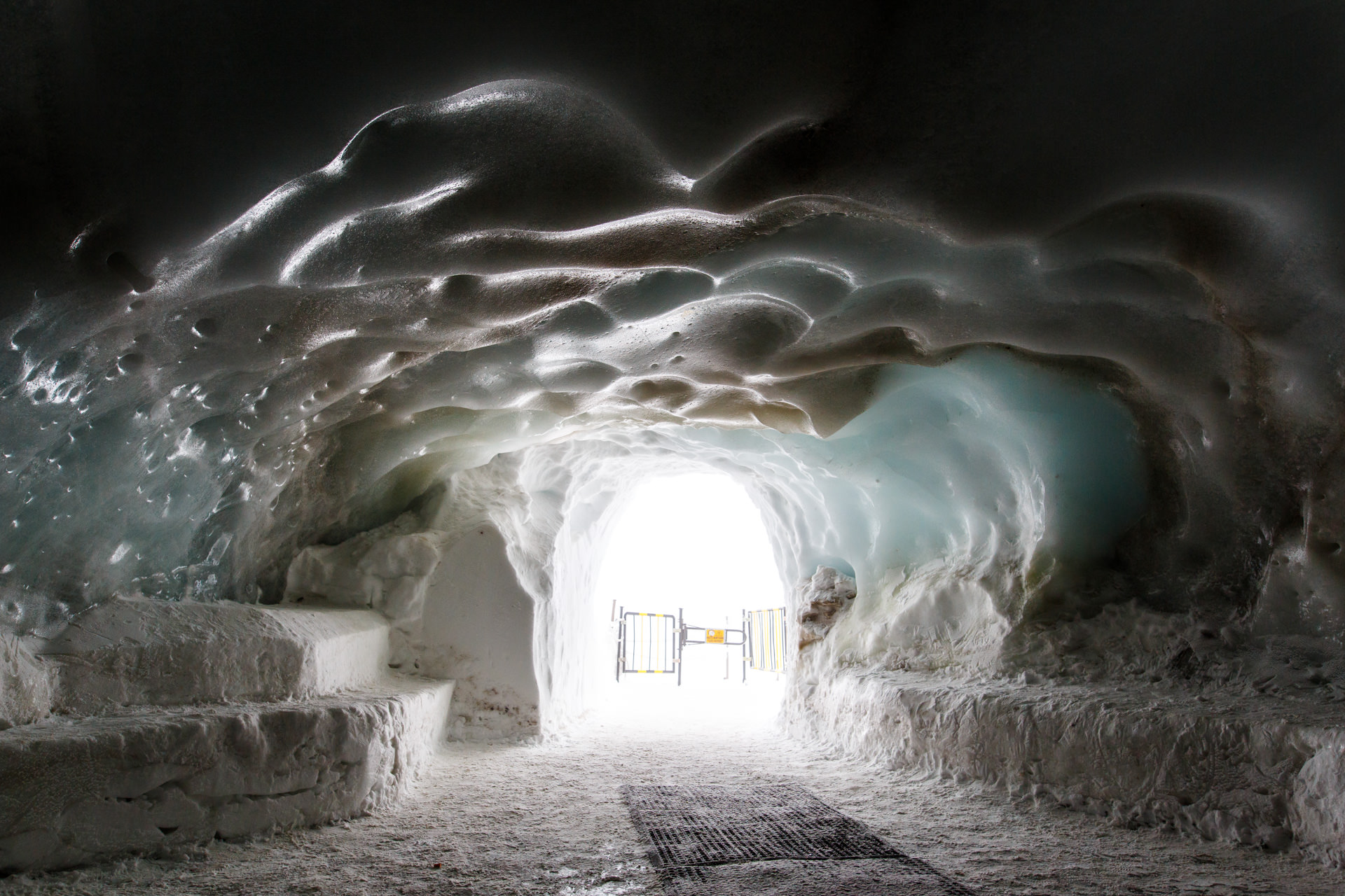 An ice cave tunnel leads out to the Glacier du Géant.