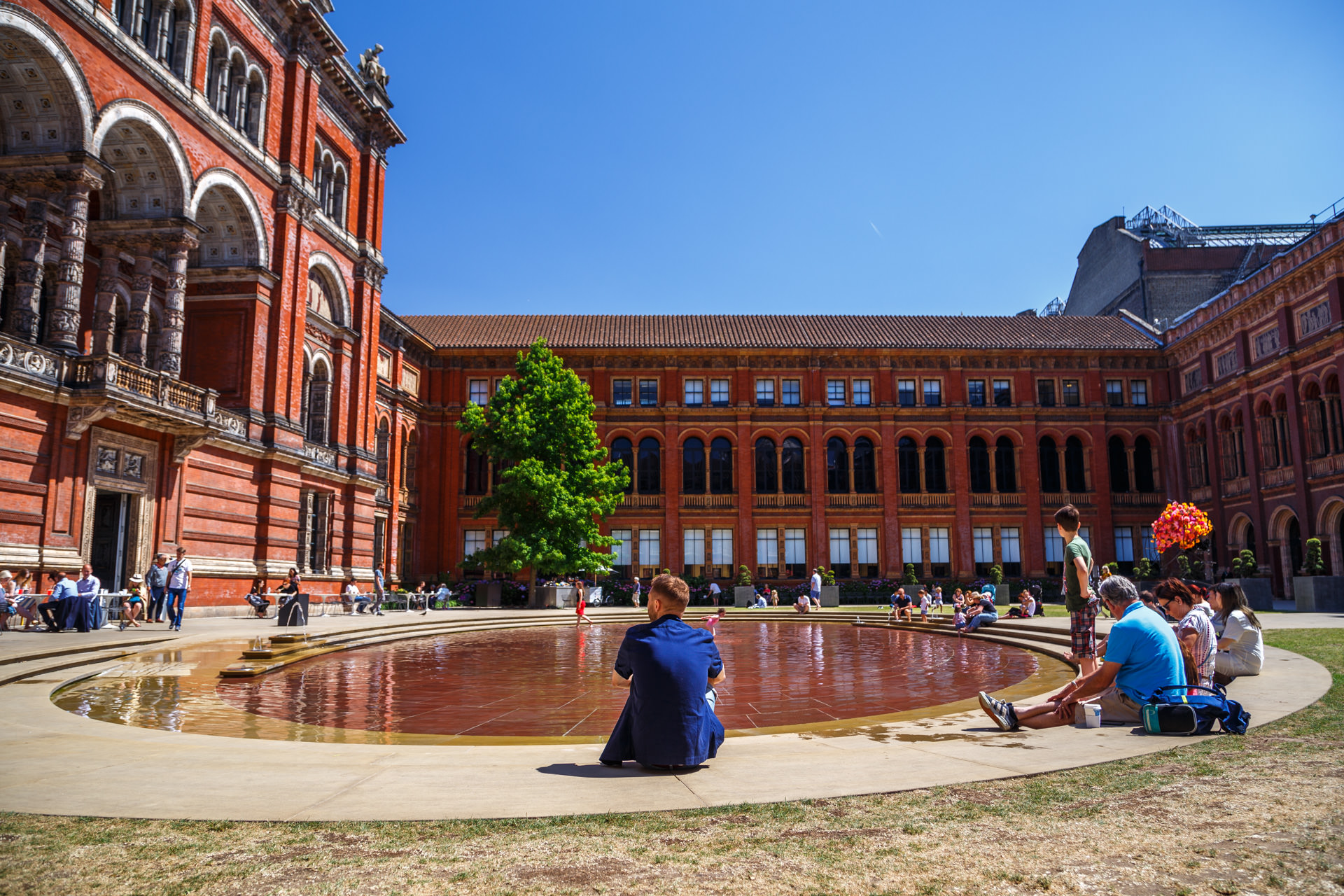 Courtyard of the V&A Museum.