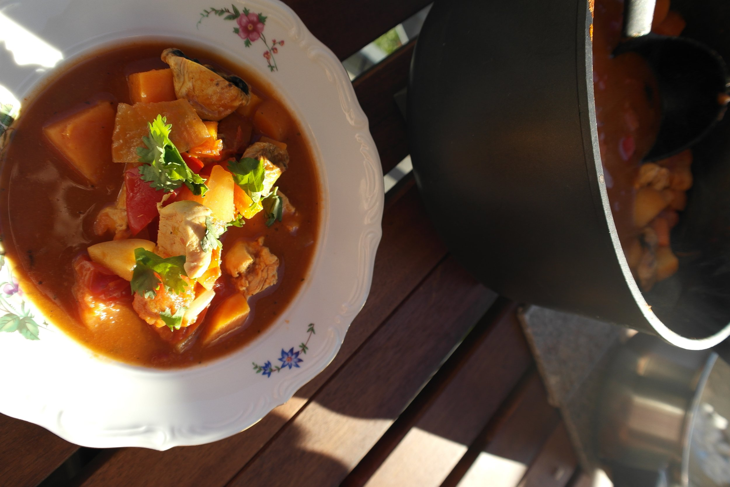 Suppe nytes i oldemors gamle skåler.