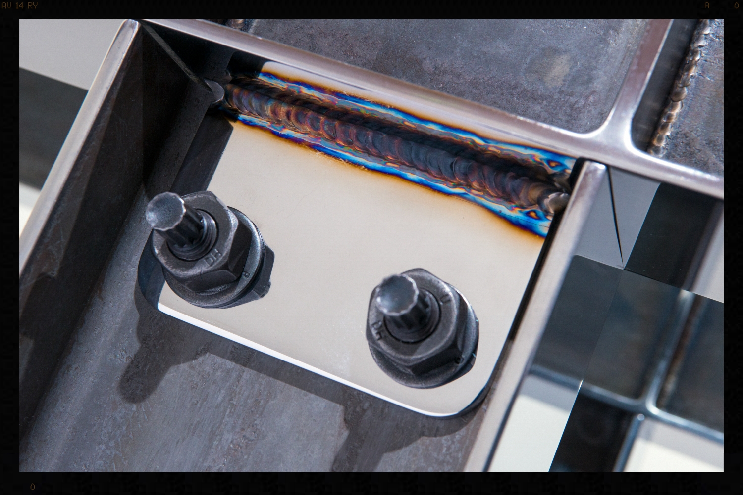 Polished Steel I-beam Console Bolt Detail