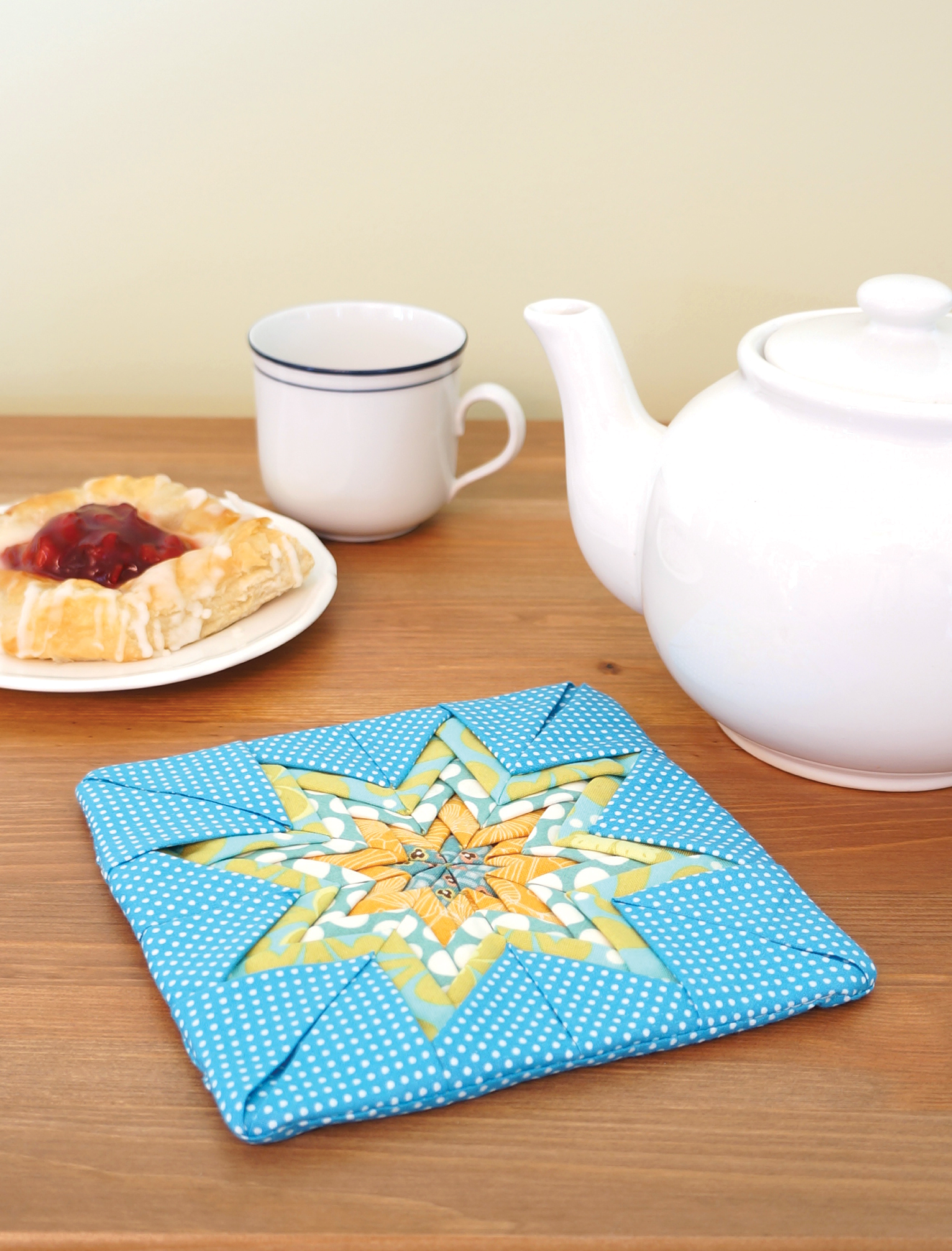 Folded Star Potholder Sharon Holland Designs