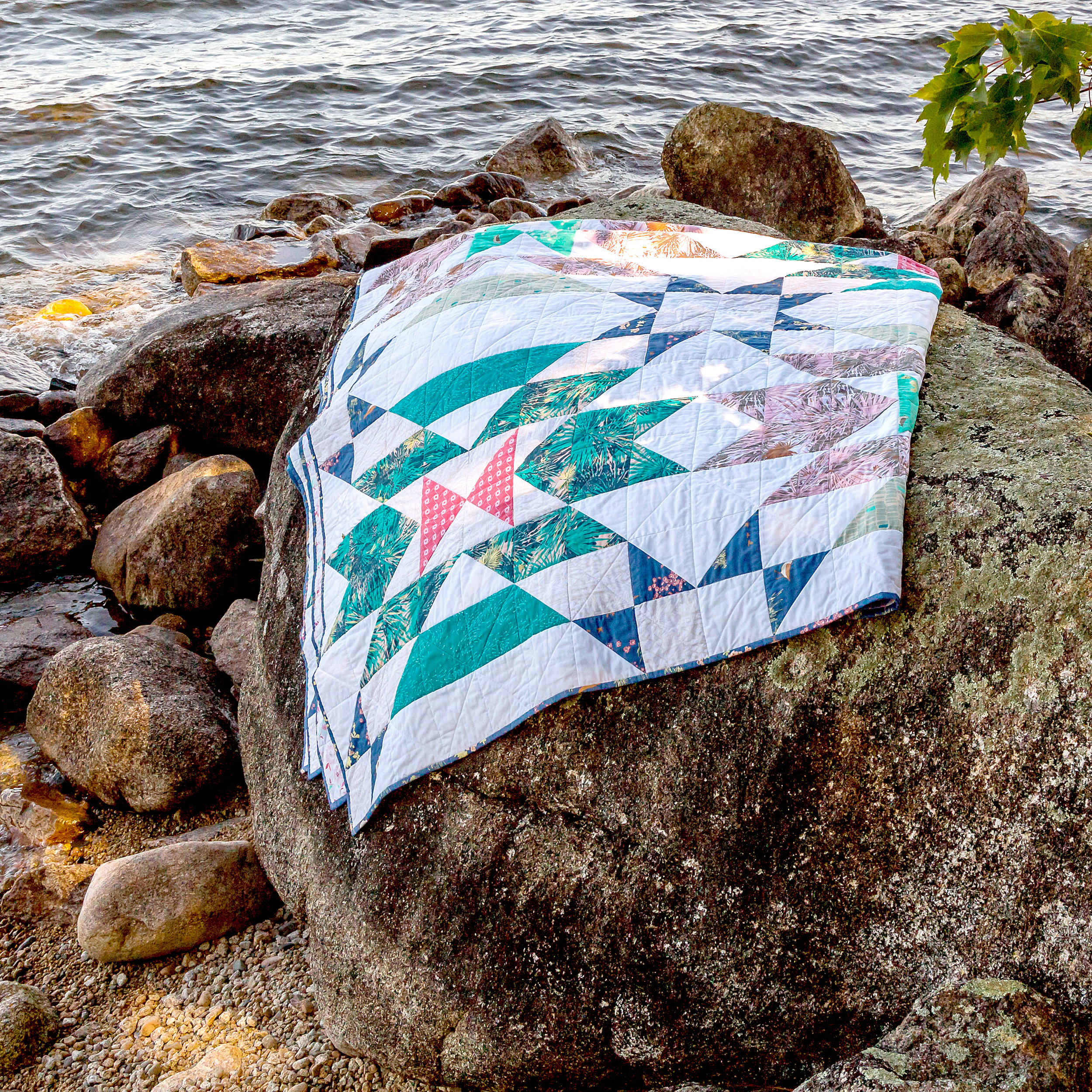 Crystal River quilt photographed by Sandy Storer
