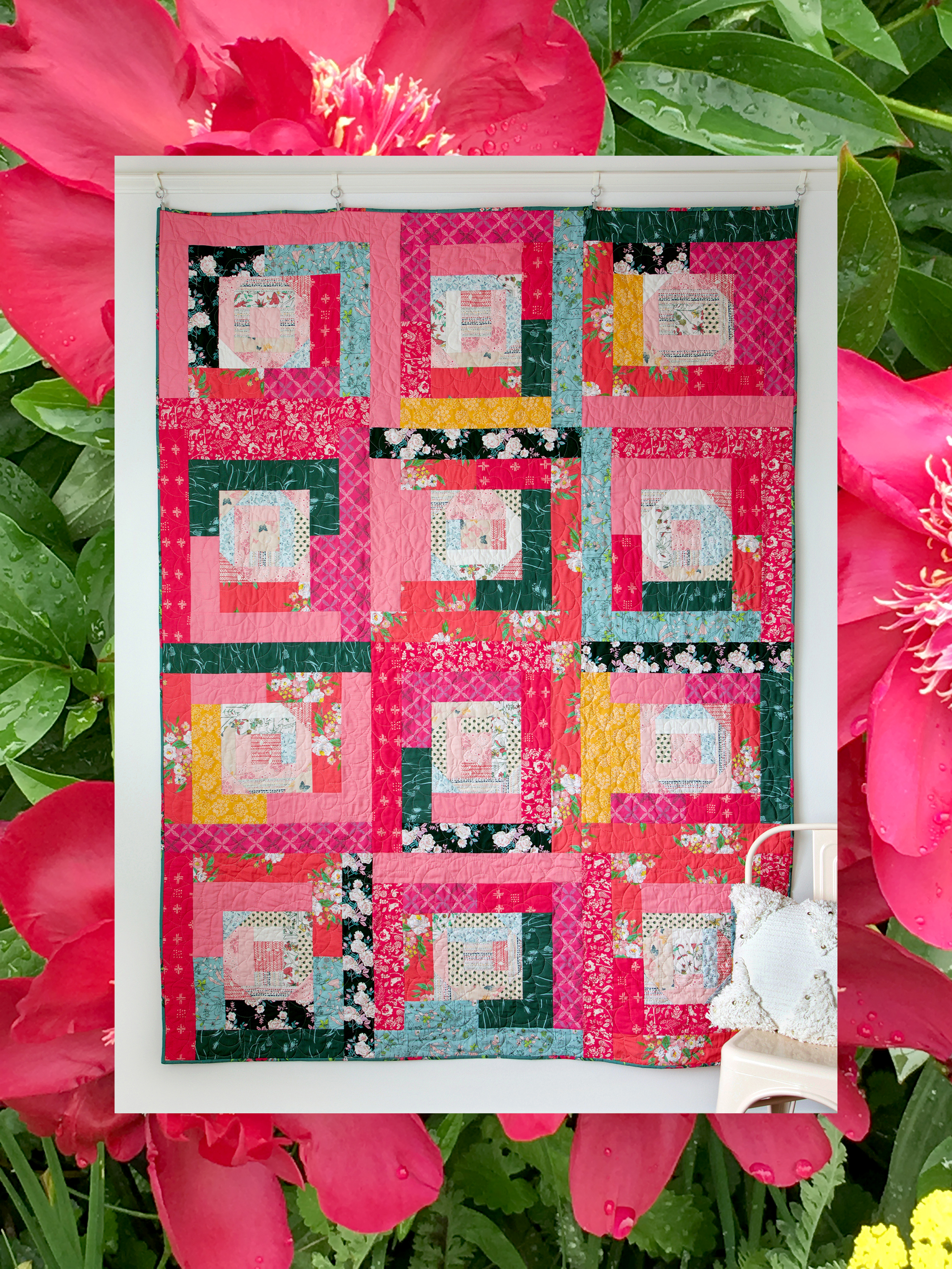 Tracery Rose Quilt.jpg