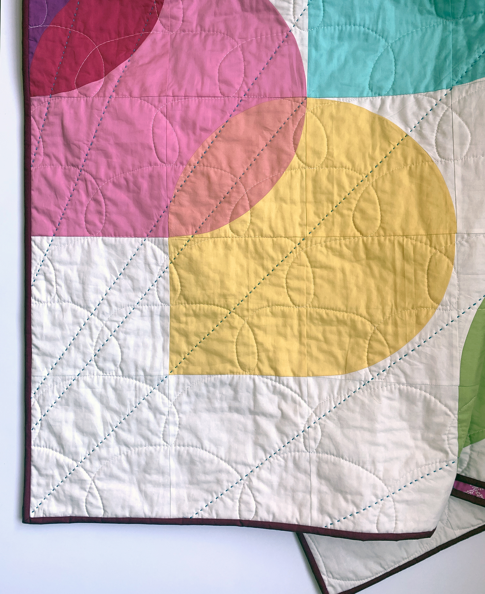 Hold Tight Quilt Quilting.jpg