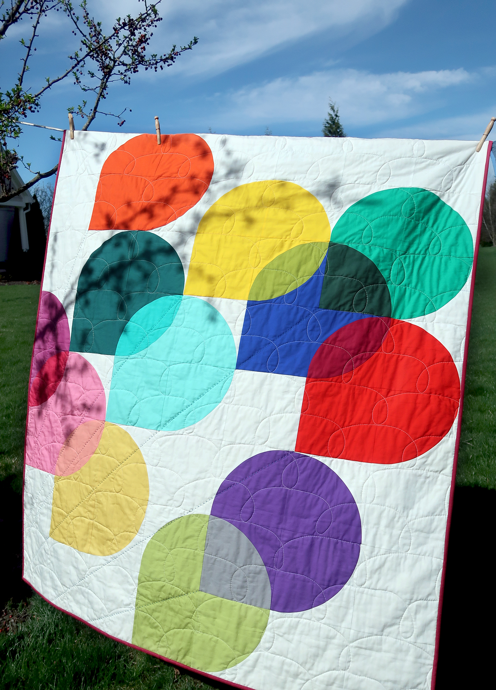 Hold Tight Art Class Quilt on line.jpg