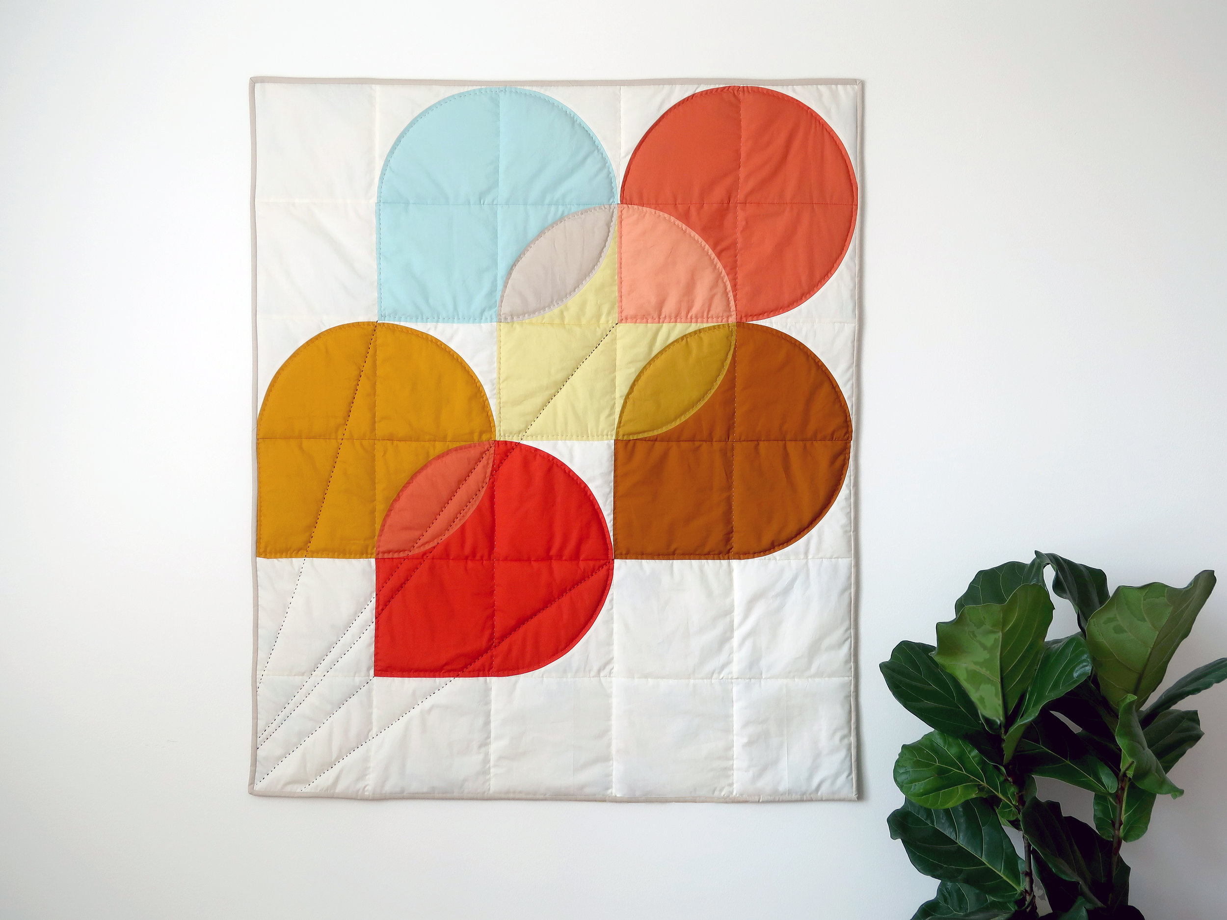 Hold Tight Petite quilt by Sharon Holland