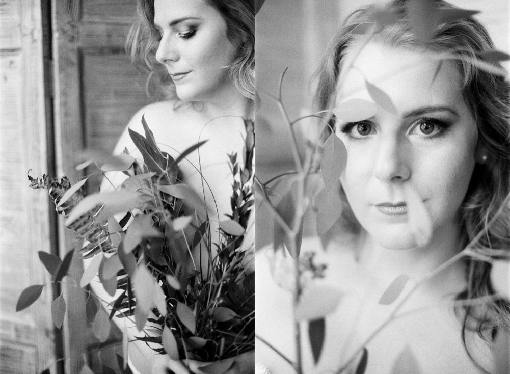 houston-boudoir-photographer-film-photographer-studio-intimate-simple-organic-boho-flowers-neutral-redhead-portraits-12.jpg