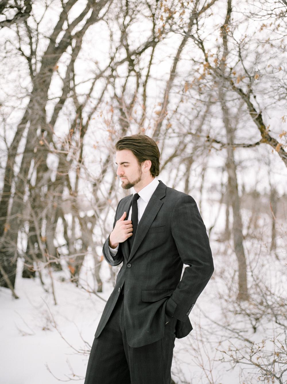 Christine-Gosch-Utah-film-photographer-wedding-mountains-snow-snowy-destination-9.jpg
