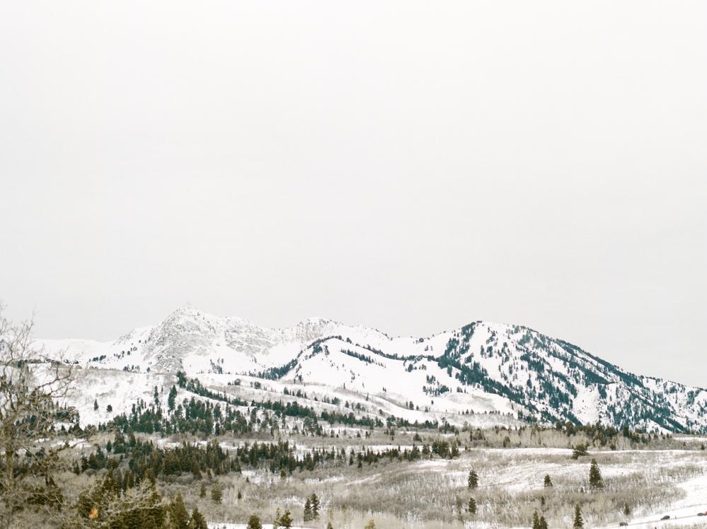 Christine-Gosch-Utah-film-photographer-wedding-mountains-snow-snowy-destination-14.jpg