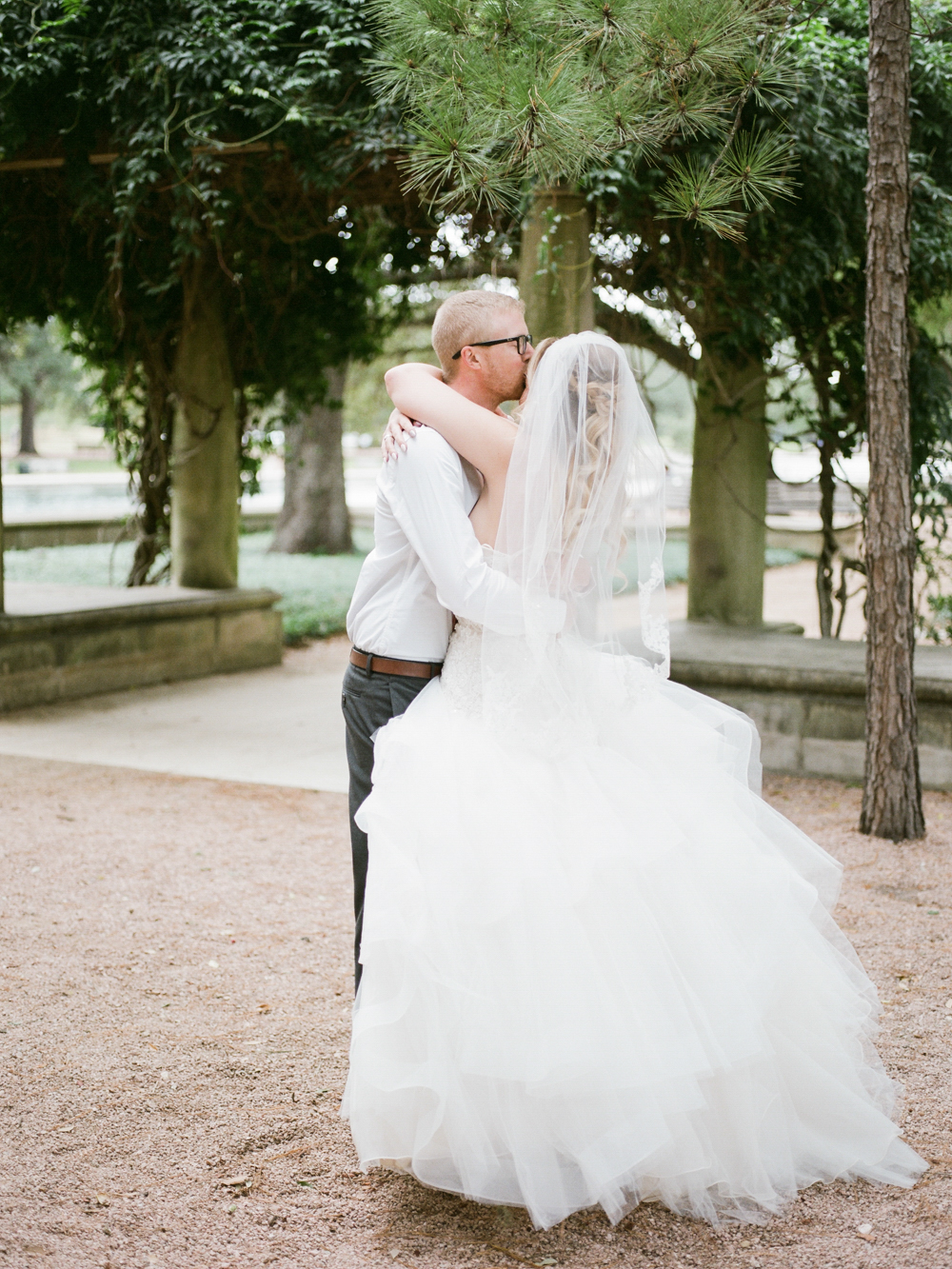 benefits of a first look_wedding photography_wedding photographer_film wedding photographer_Christine Gosch_www.christinegosch.com_Houston, Texas wedding photographer_ Houston, Texas-13.jpg