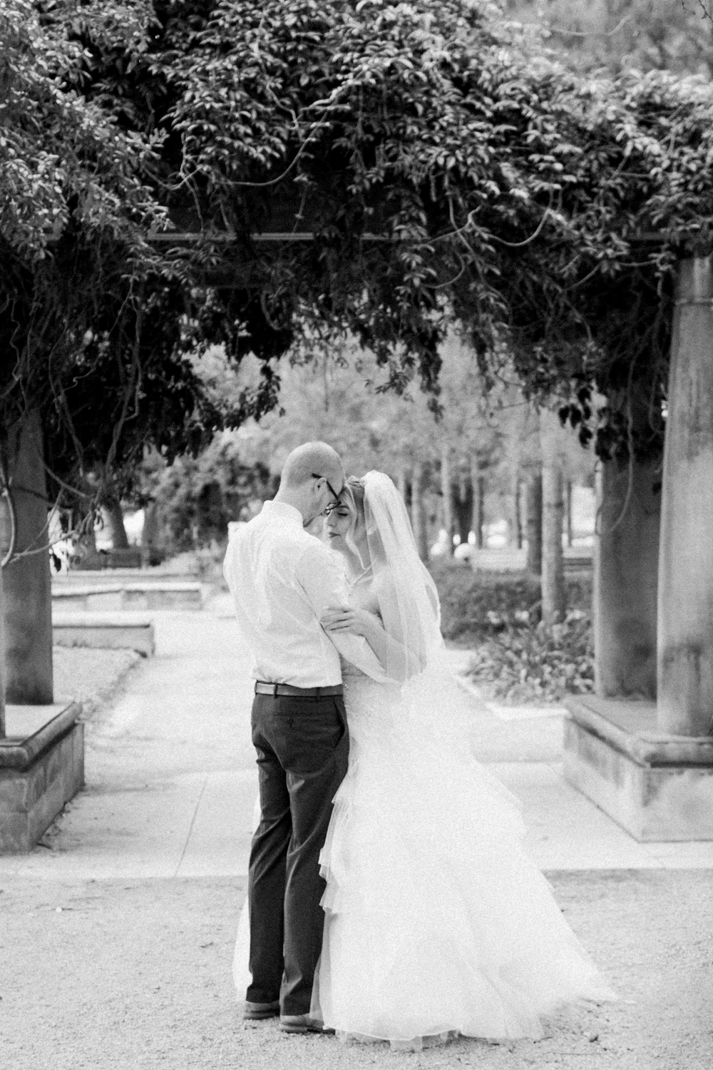 benefits of a first look_wedding photography_wedding photographer_film wedding photographer_Christine Gosch_www.christinegosch.com_Houston, Texas wedding photographer_ Houston, Texas-18.jpg