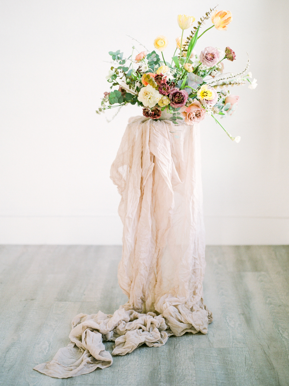 Christine Gosch_Salt Lake City photographer_ mauve wedding_pring wedding_pale yellow wedding_flowy wedding_minimalistic wedding_minimal wedding_film bridal sessions-10.jpg
