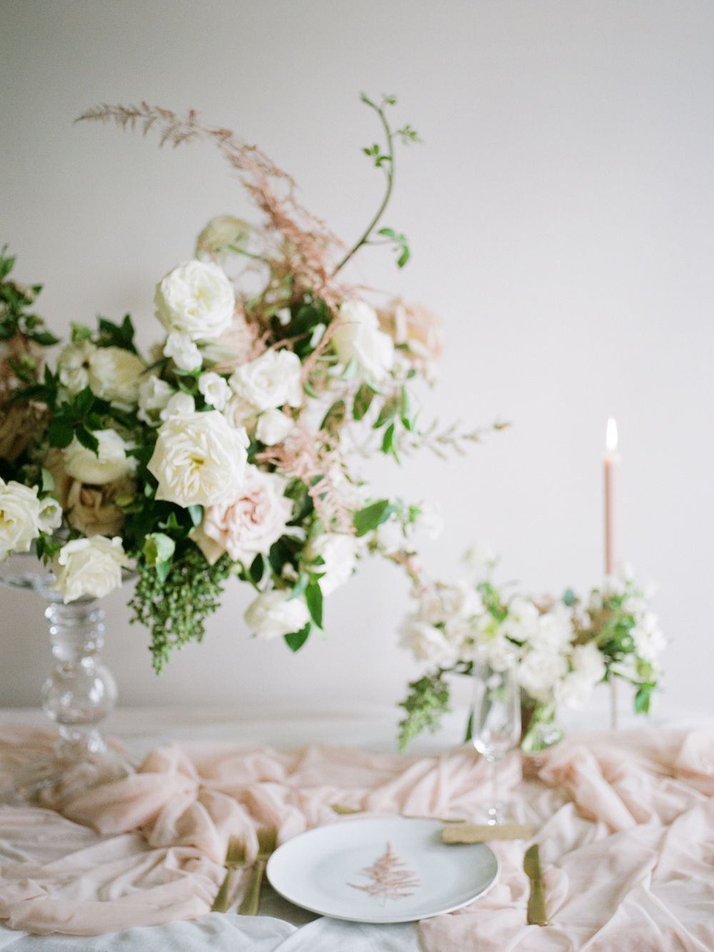 White winter wedding inspiration- houston wedding photographer-christine gosch - film photographer - elopement photographer