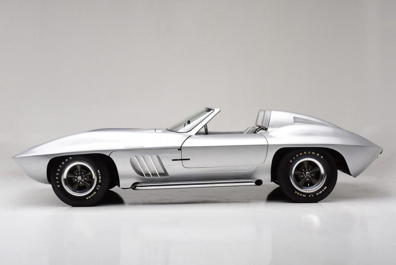 1958-Fiberfab-Centurion-Corvette-8.jpg
