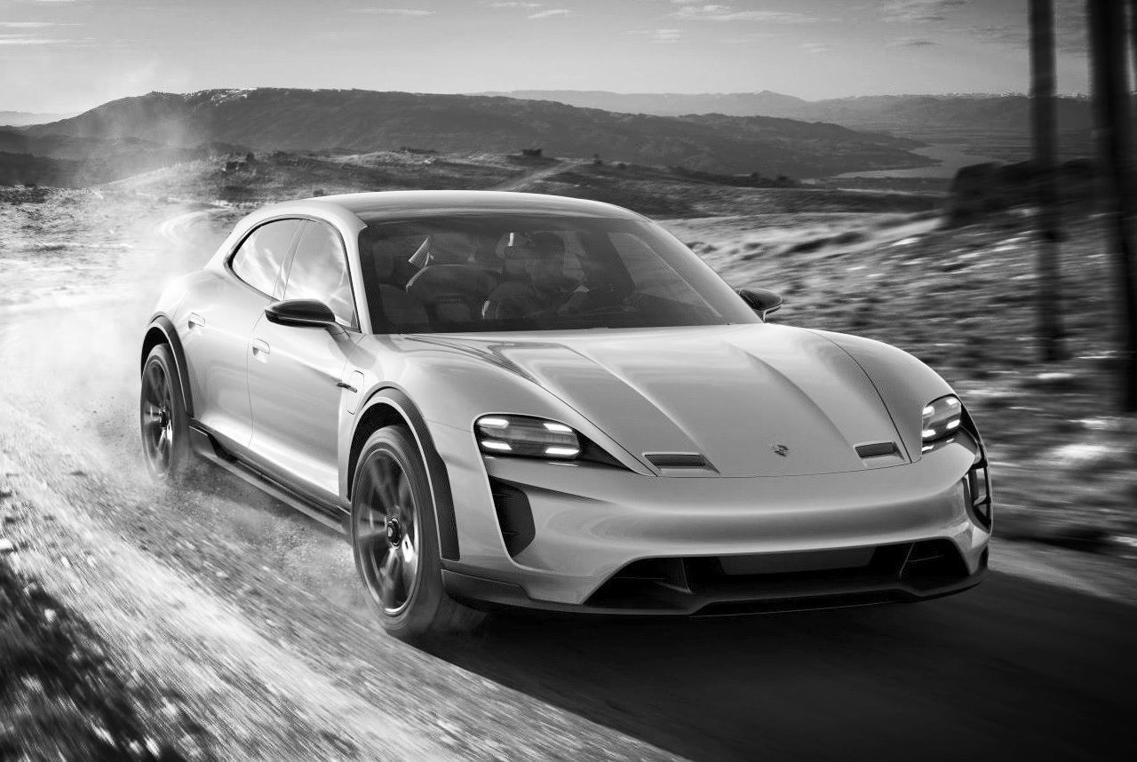 Porsche-Mission-E-Cross-Turismo-Concept-13.jpg