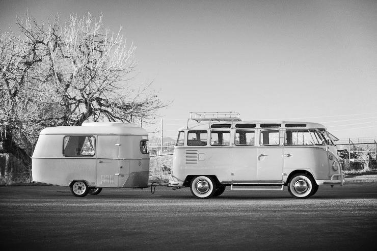 1963-Volkswagen-Super-Deluxe-Microbus-with-Camper-10.jpg