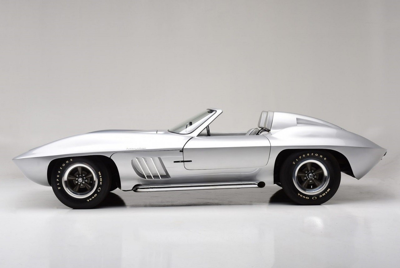 1958-Fiberfab-Centurion-Corvette-8-2.jpg