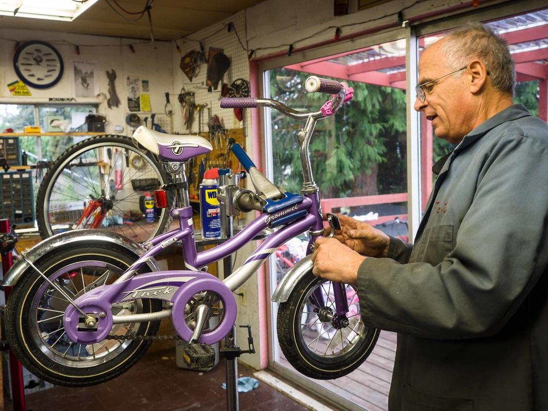 Bike Shop 2.jpg