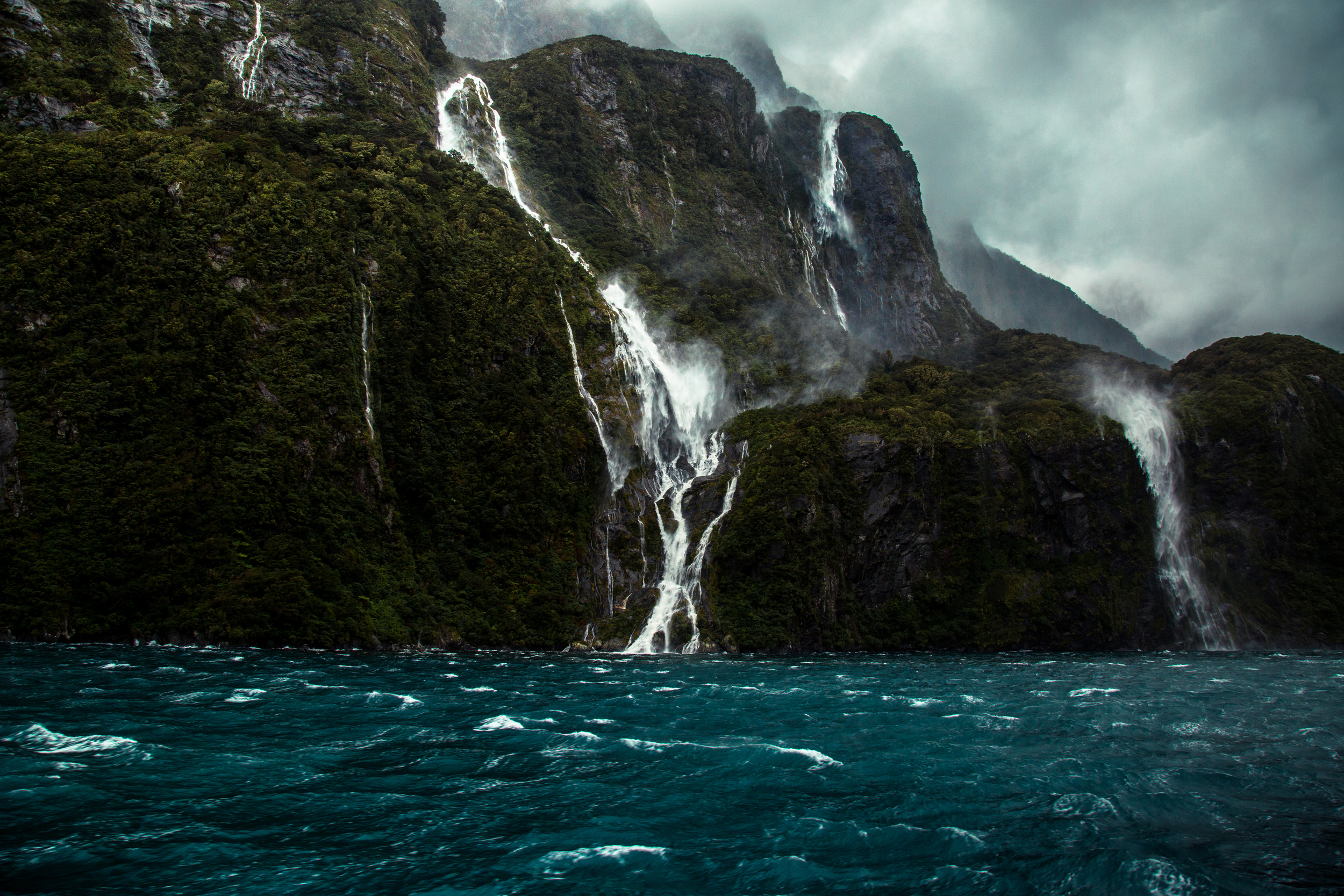 The Cascade Sounds || Milford Sound, NZ