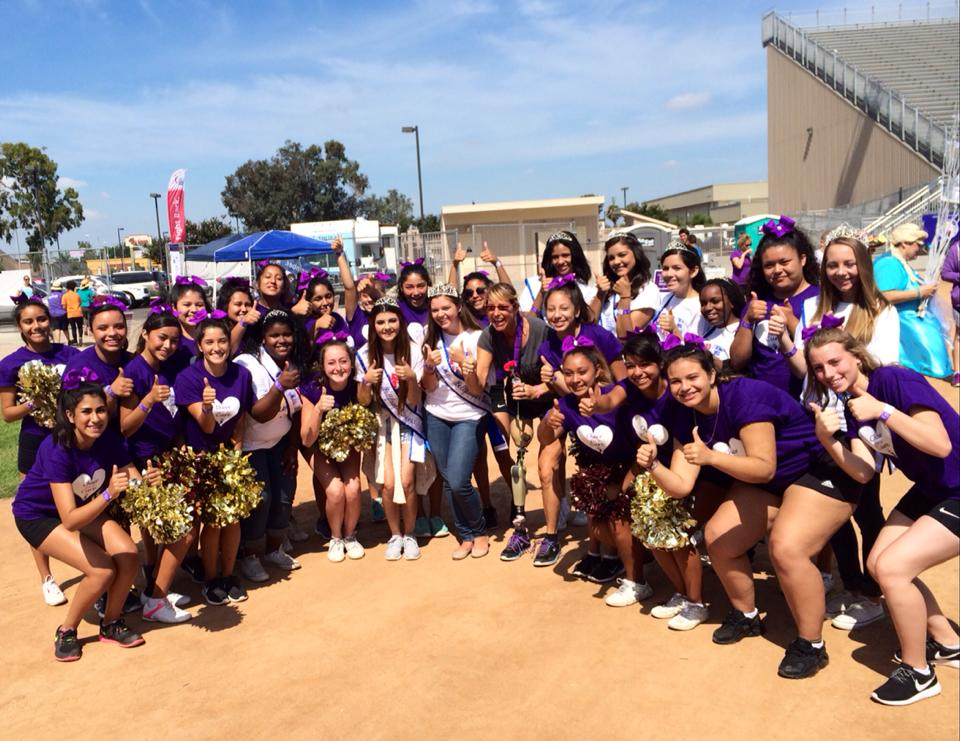 """Bellflower High School students join Keynote Speaker/ Survivor Adrienne Slaughter with a """"Thumbs Up"""" to appreciating and loving life on 7/11/2015."""
