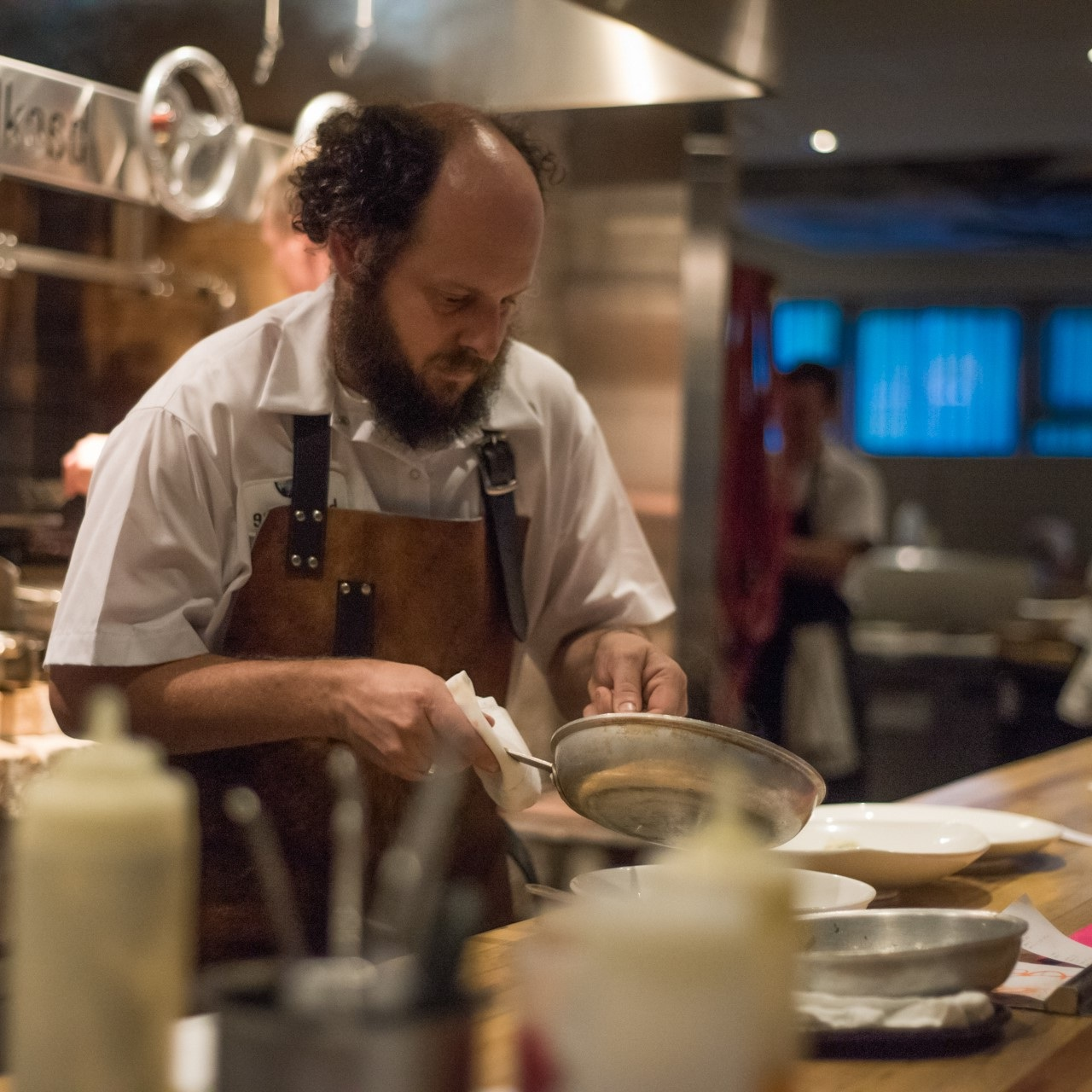 RYAN CRAWFORD - BACKHOUSENIAGARA ON THE LAKE, ONTARIORyan will be rescuing egg whites, garlic ends and peach tree trimmings to create Wood-Fired Mushrooms on Toast with Fried Egg white Mousse & Black Garlic