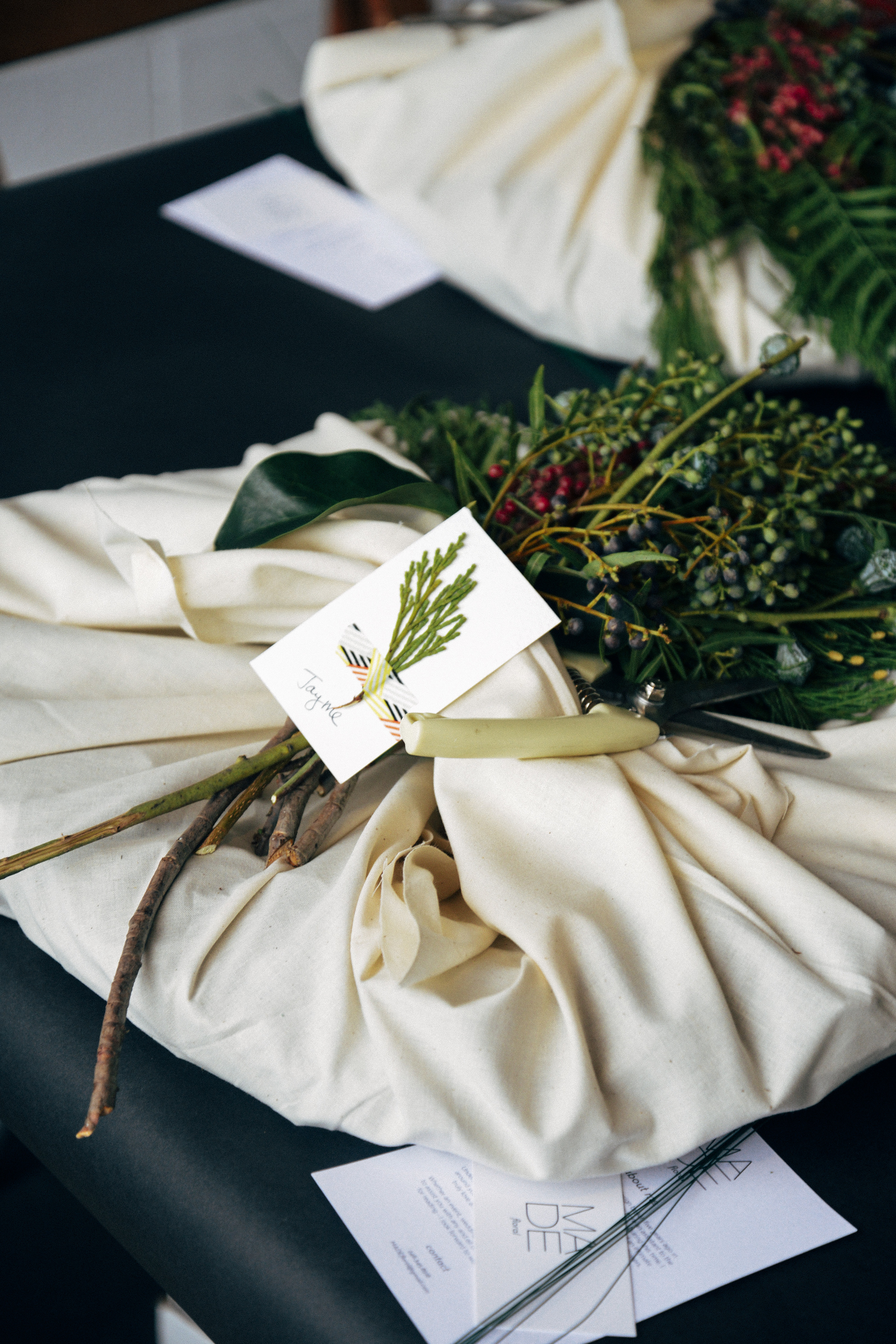 DIY: How To Make A Wreath - The Midwestival