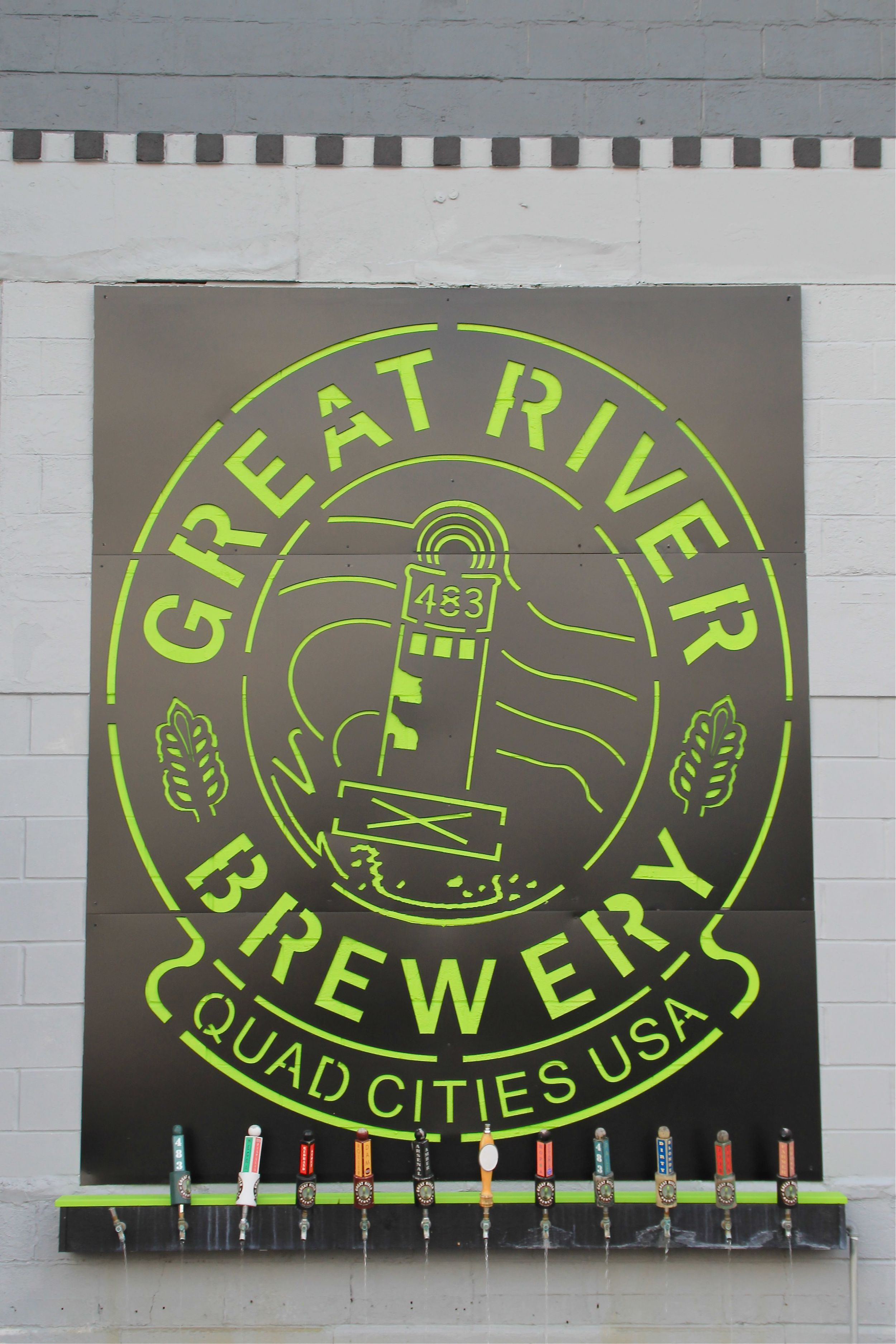 Quad Cities Guide - The Midwestival