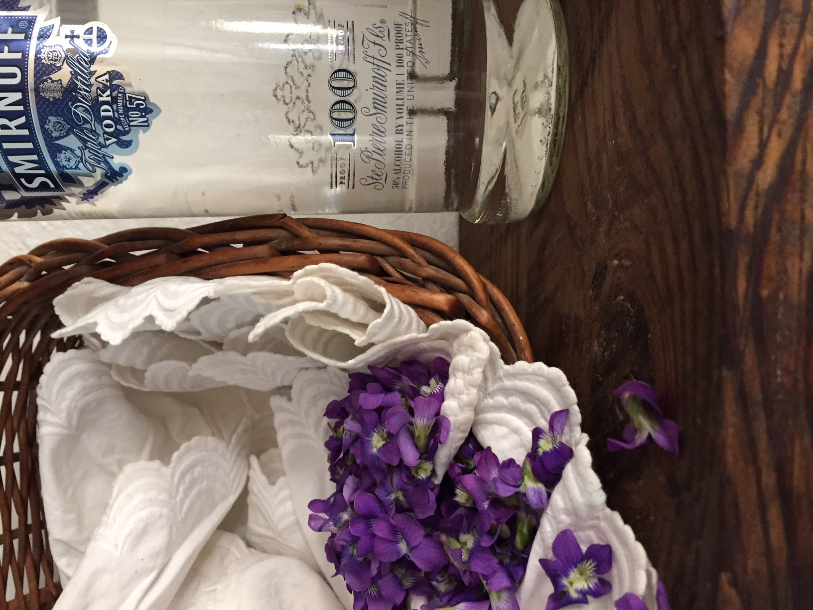 Violet Syrup and Violet Tincture Recipe
