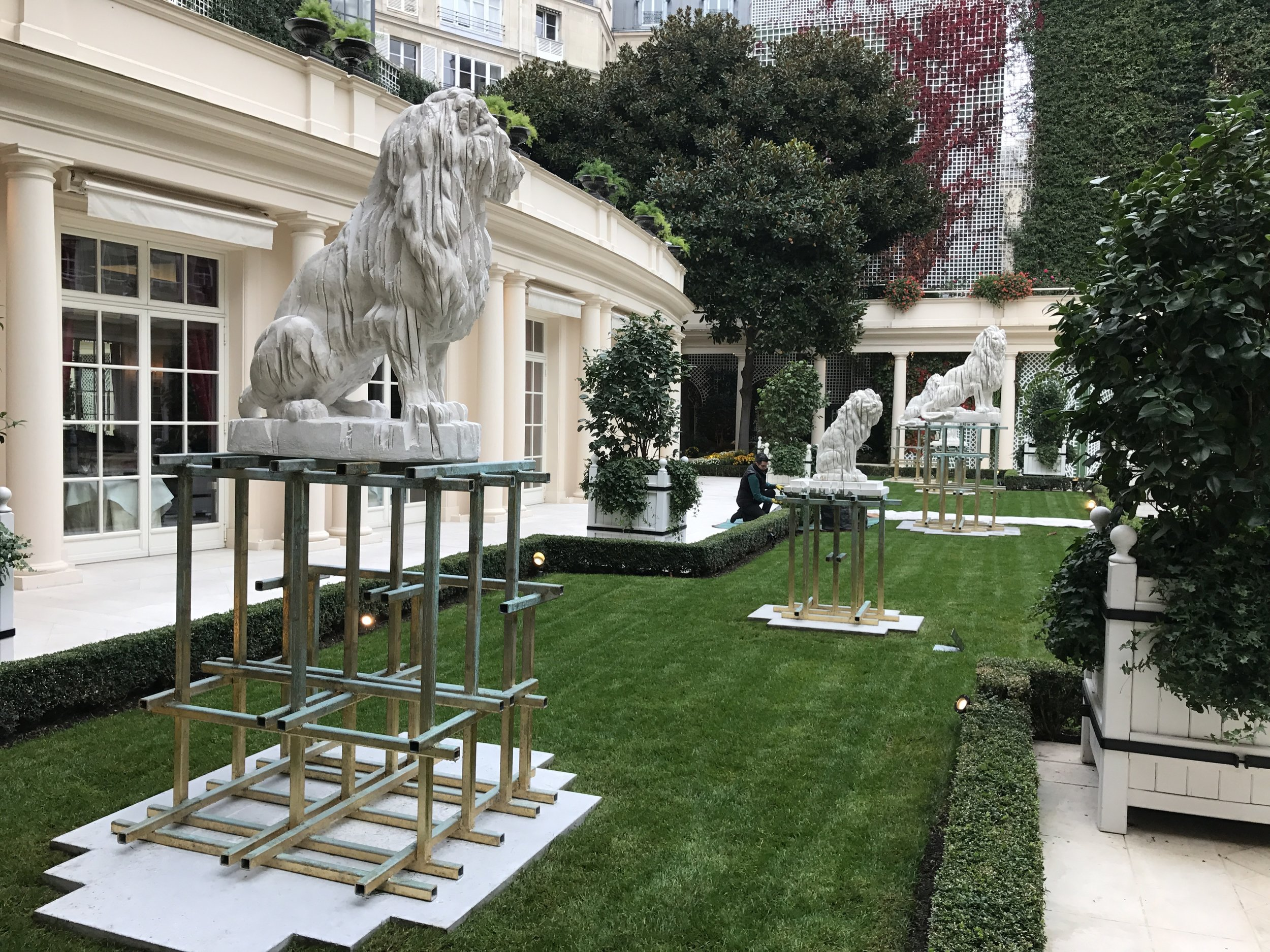 Relax in the welcoming outdoor gardens