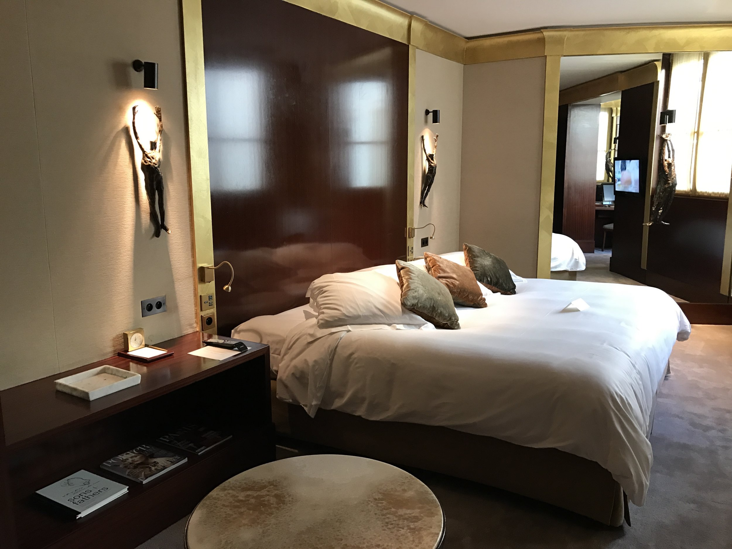 Relax in stylish, spacious and comfortable rooms