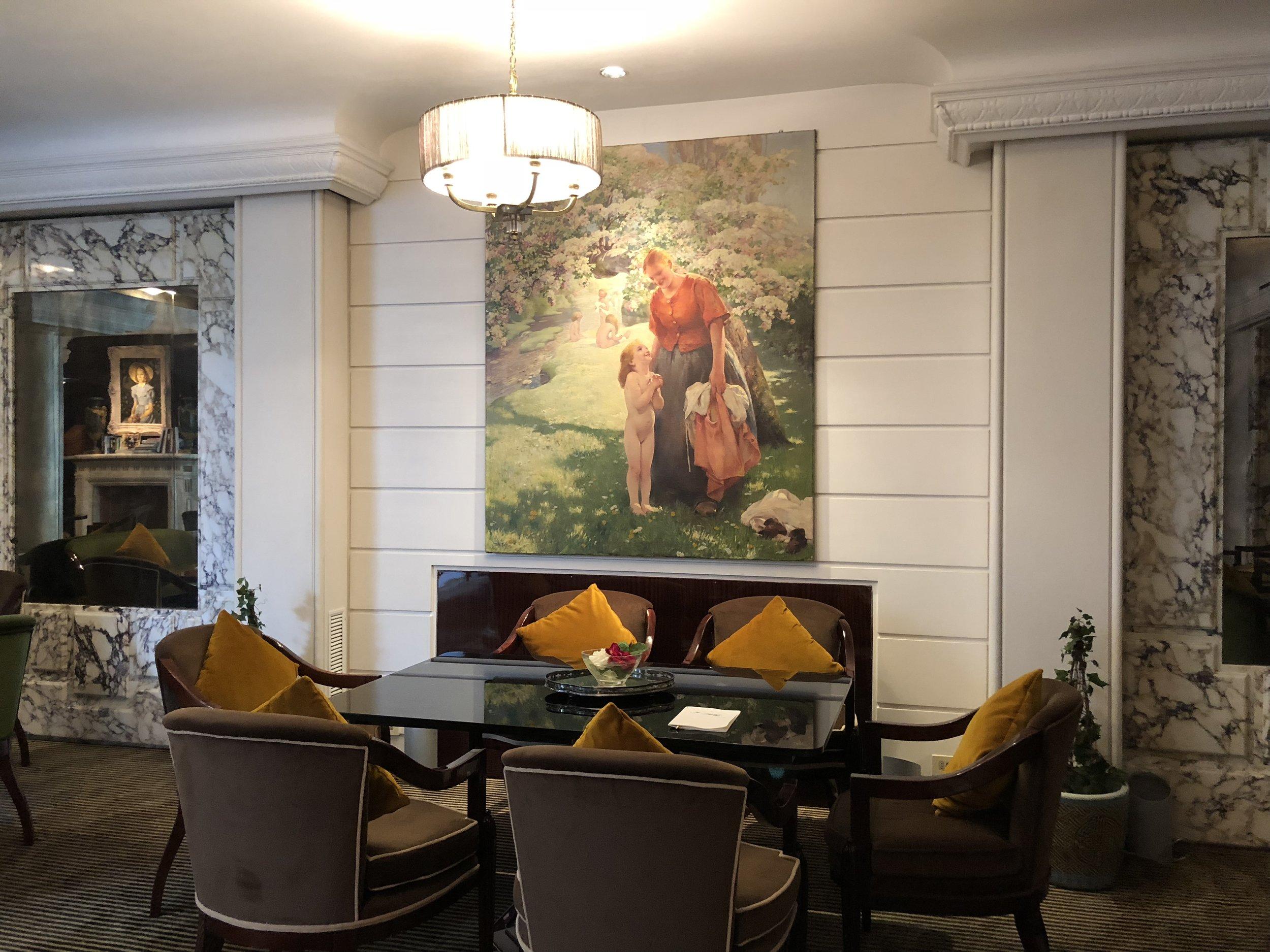 Sophisticated furnishings