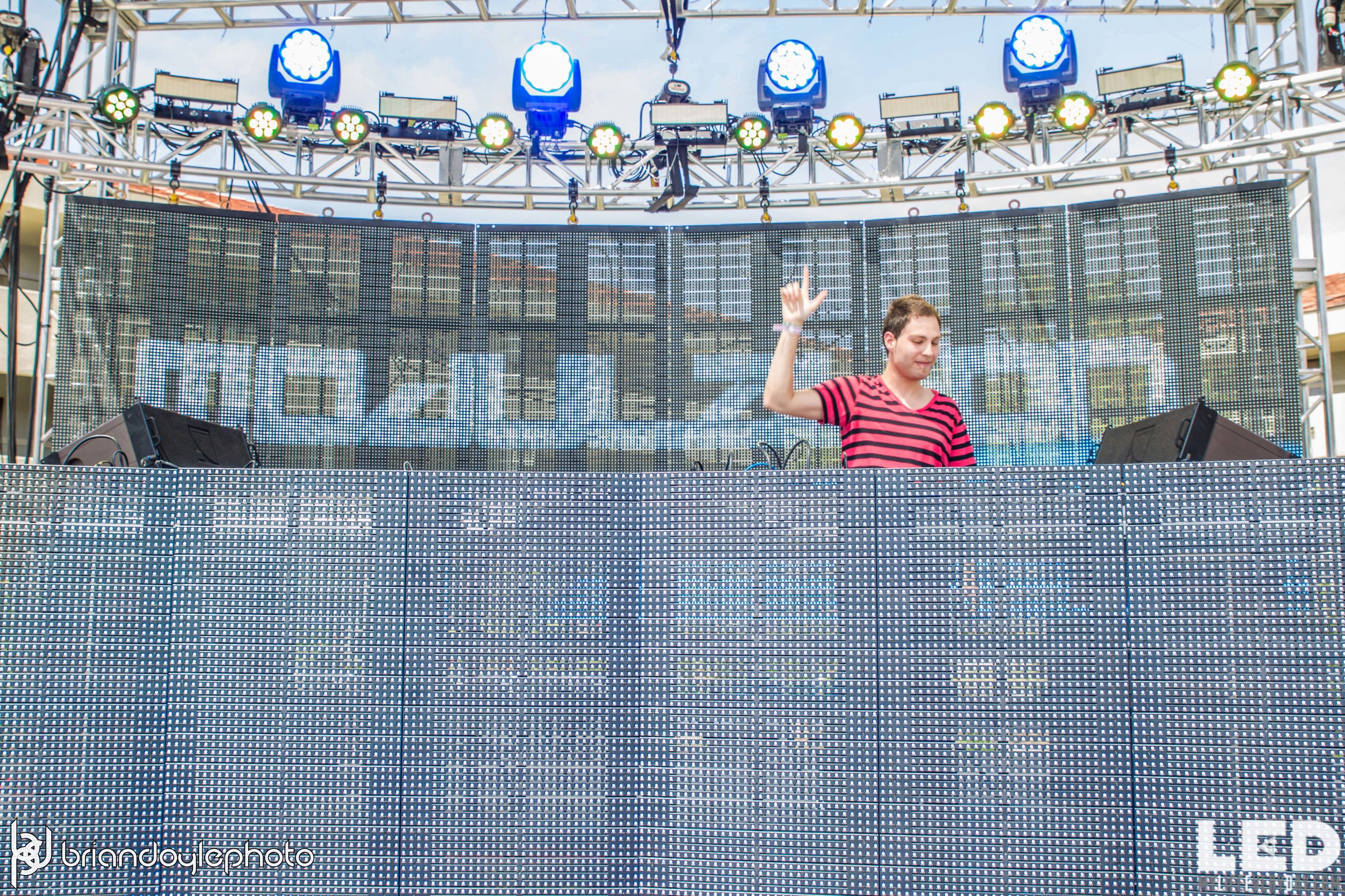LED Day Club Day 2  Deorro and Chris 04.10.2015-3.jpg