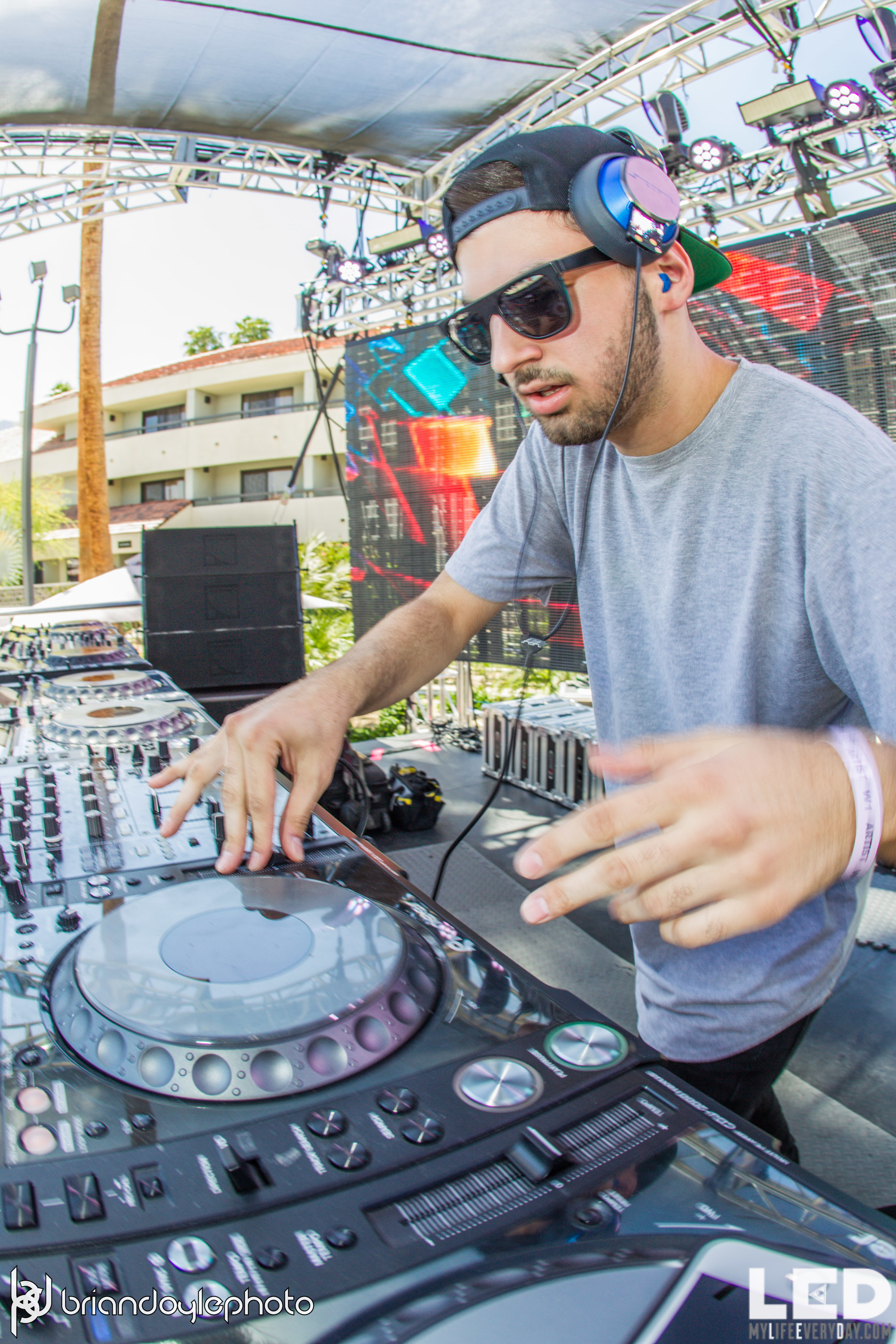 LED Day Club Day 2  Deorro and Chris 04.10.2015-7.jpg