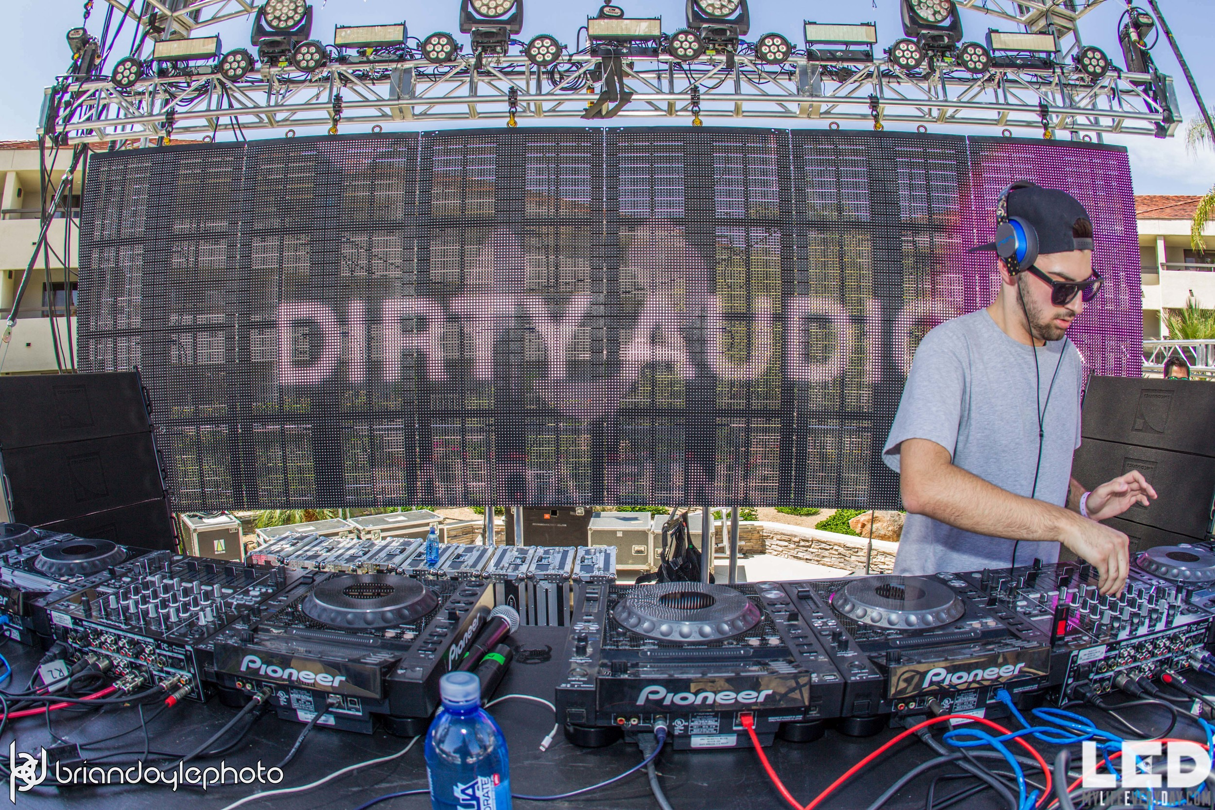 LED Day Club Day 2  Deorro and Chris 04.10.2015-12.jpg