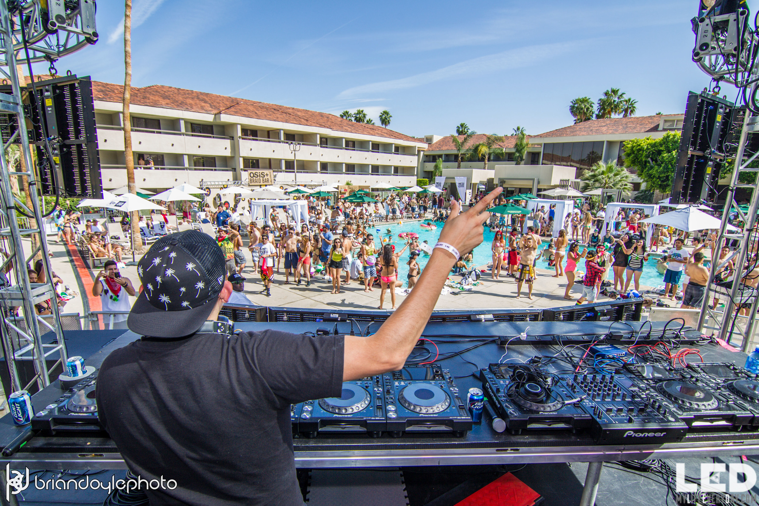 LED Day Club Day 2  Deorro and Chris 04.10.2015-22.jpg