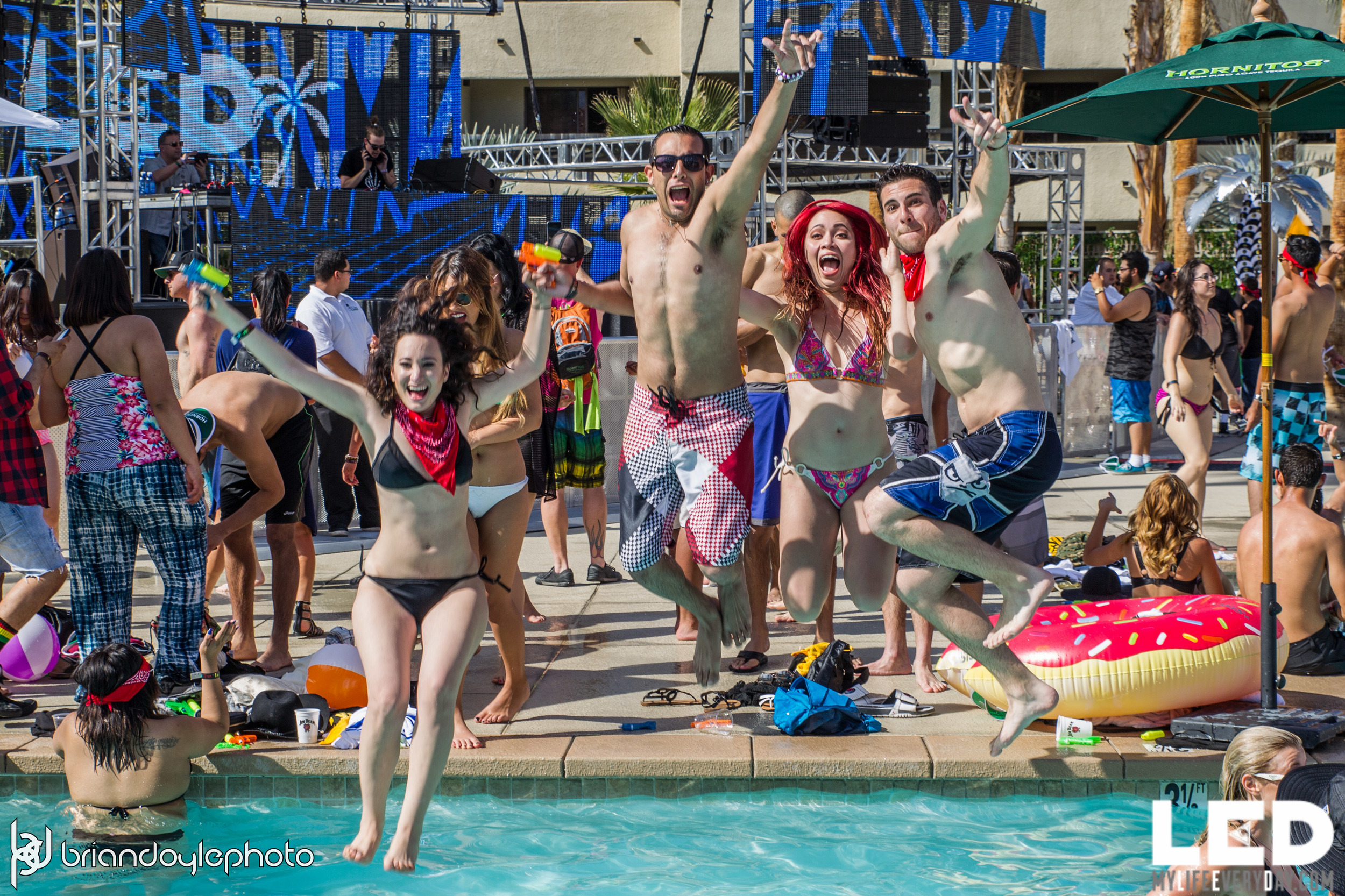 LED Day Club Day 2  Deorro and Chris 04.10.2015-30.jpg