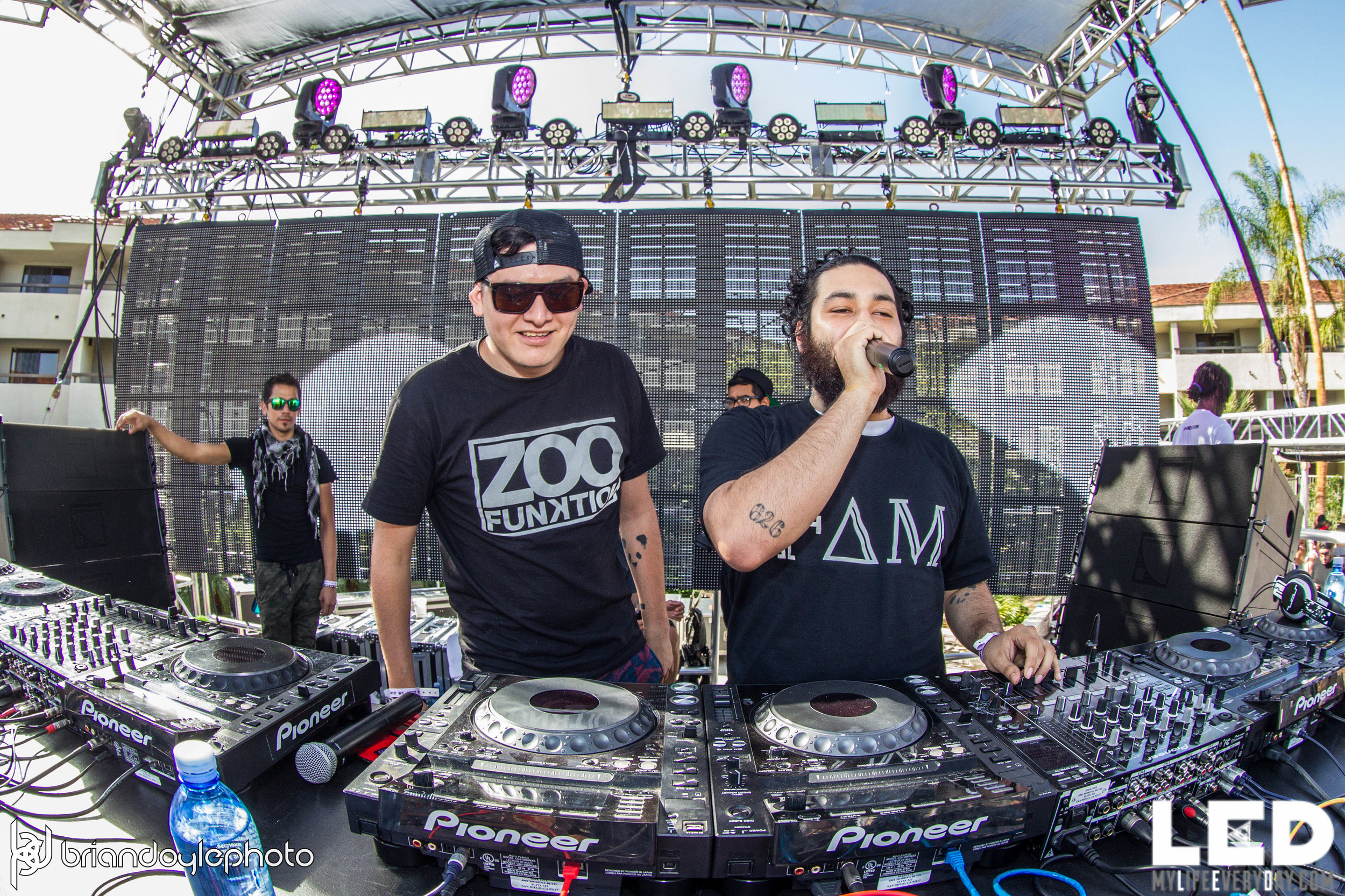 LED Day Club Day 2  Deorro and Chris 04.10.2015-38.jpg