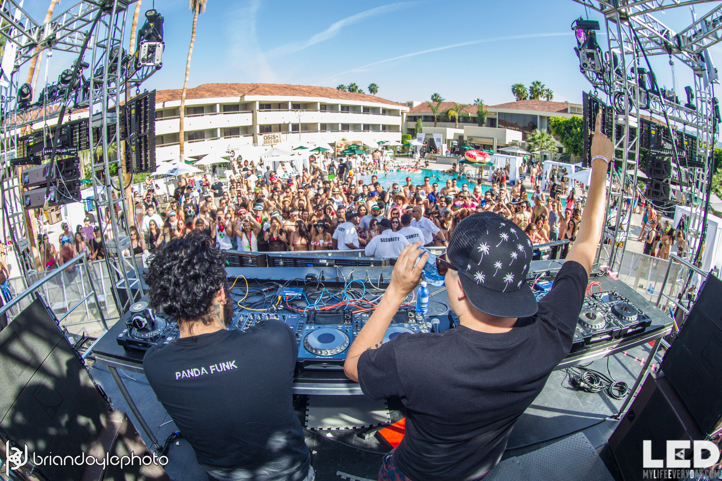 LED Day Club Day 2  Deorro and Chris 04.10.2015-41.jpg